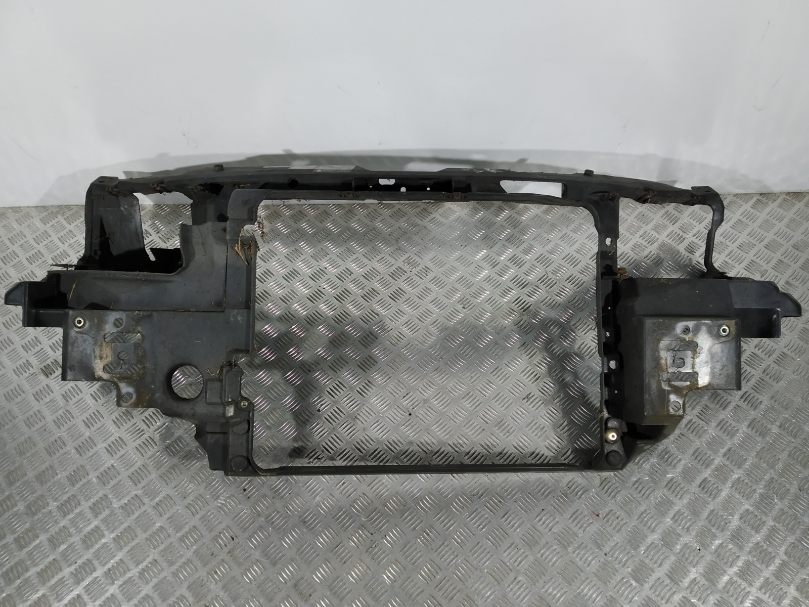 Передняя панель крепления облицовки (телевизор) Seat Alhambra 1.9 TDI 2002 (б/у)