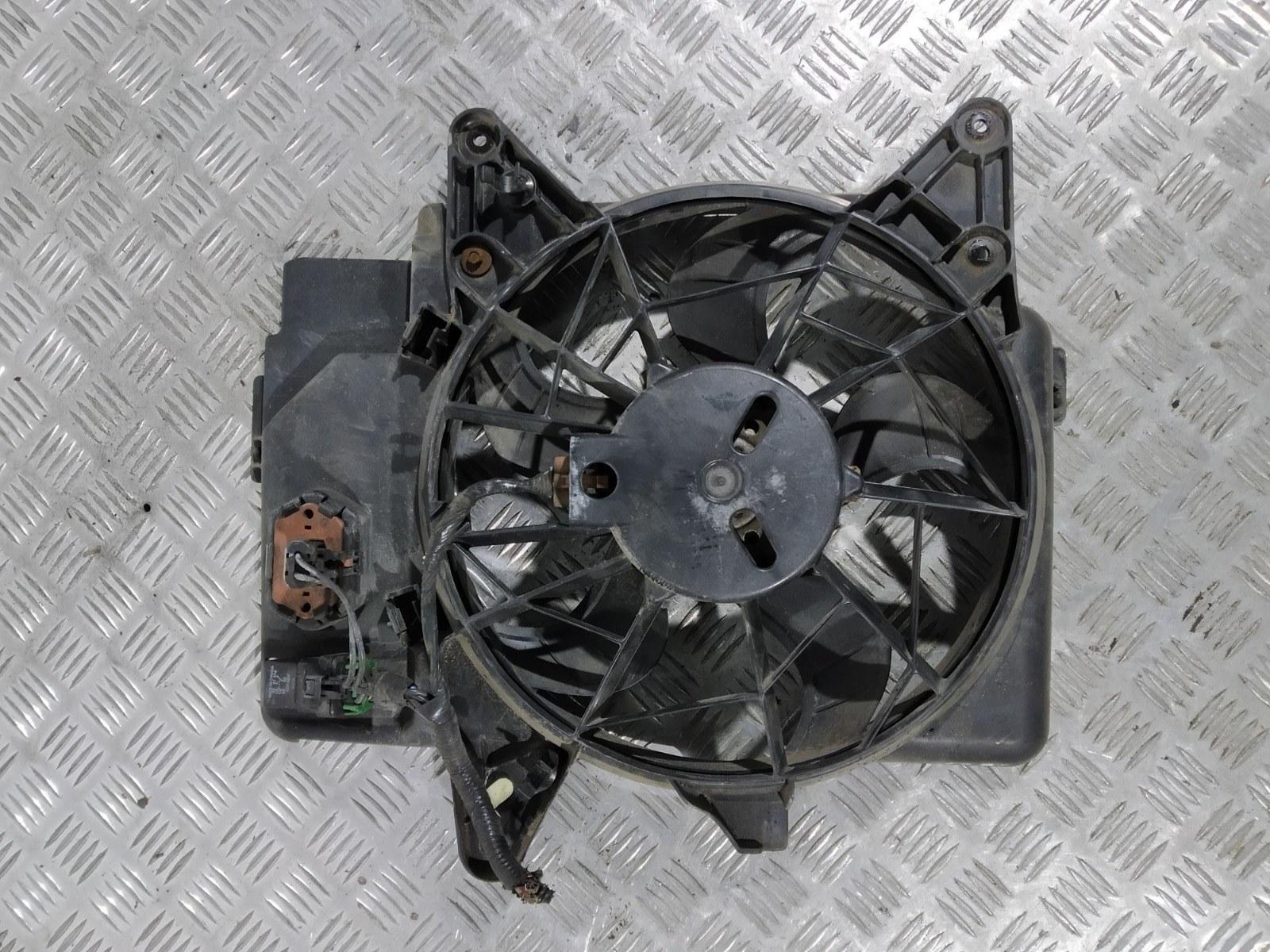 Вентилятор радиатора Mazda Tribute 3.0 I 2004 (б/у)