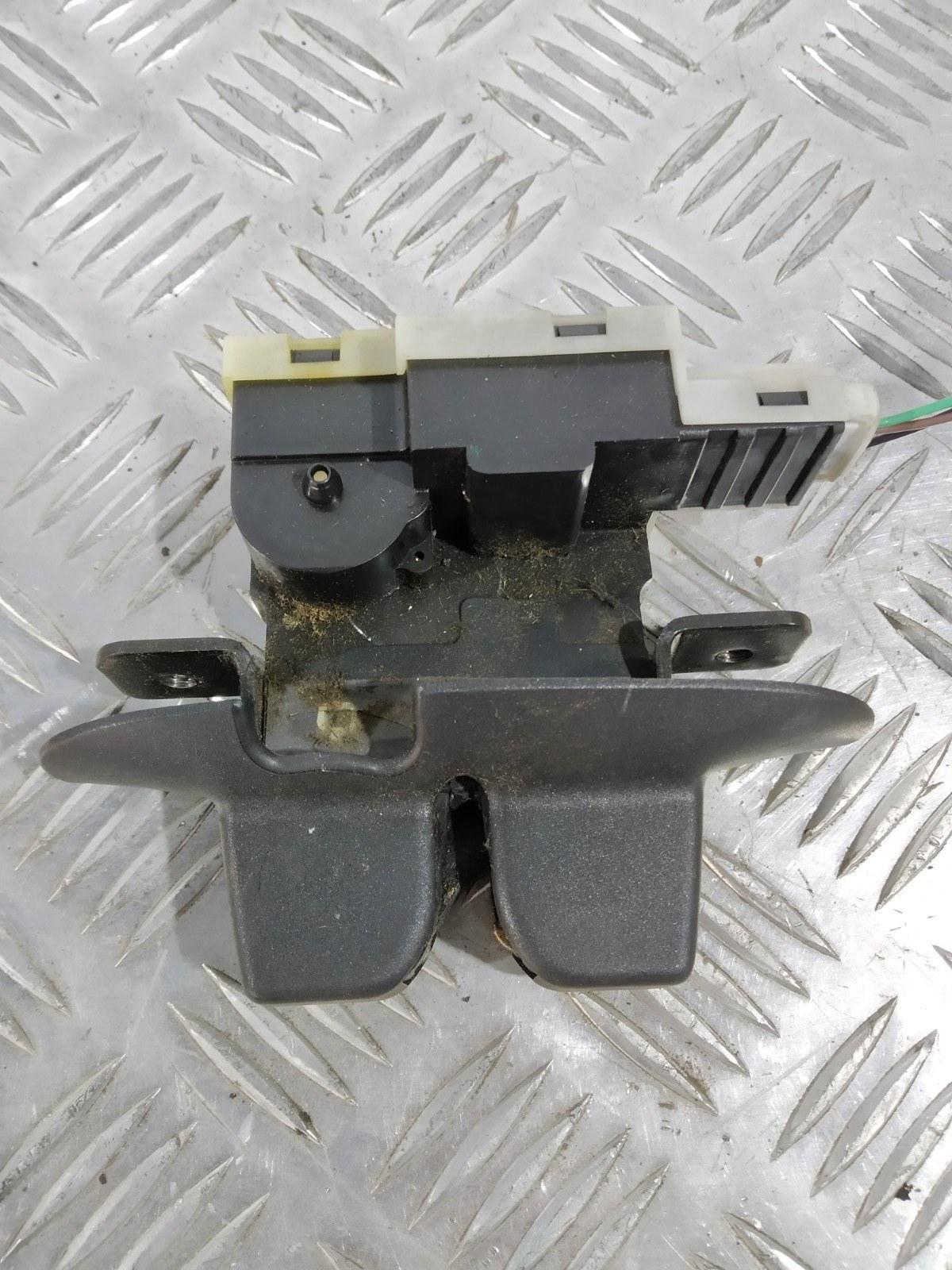 Замок багажника Renault Espace 1.9 DCI 2004 (б/у)