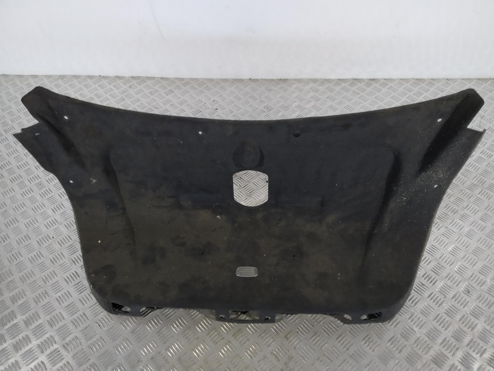 Обшивка крышки багажника Mercedes E W211 3.2 I 2003 (б/у)
