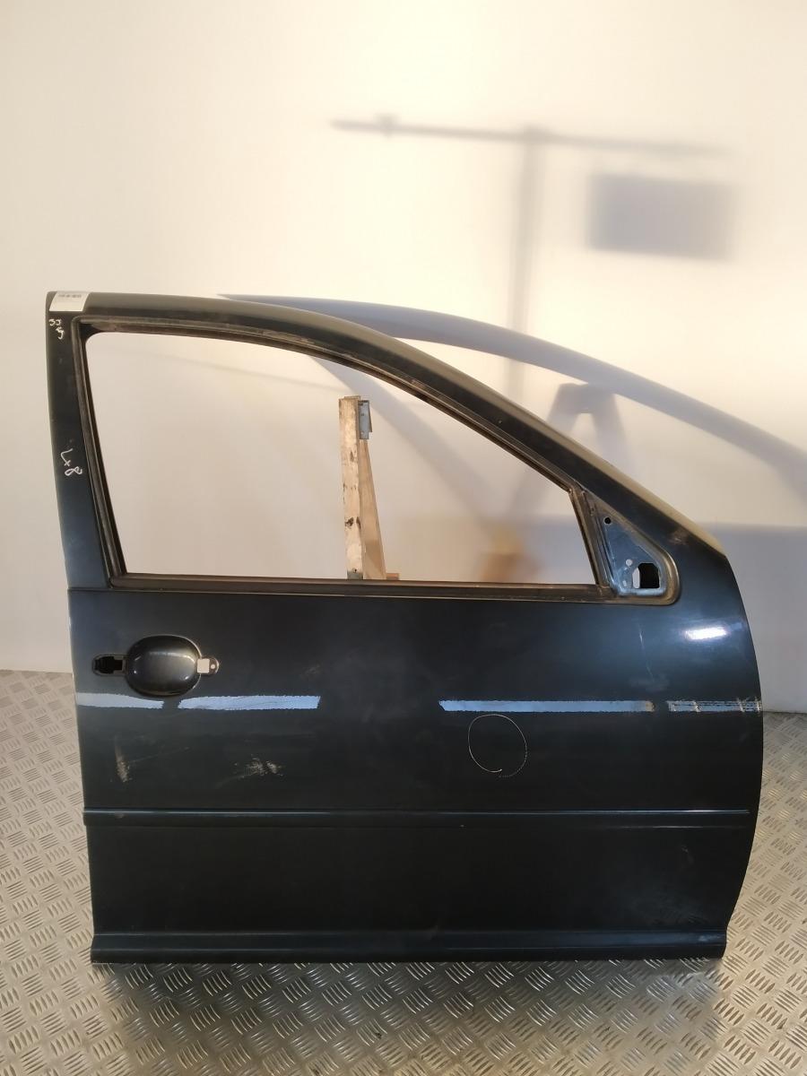 Дверь передняя правая Volkswagen Bora 2.0 I 2001 (б/у)
