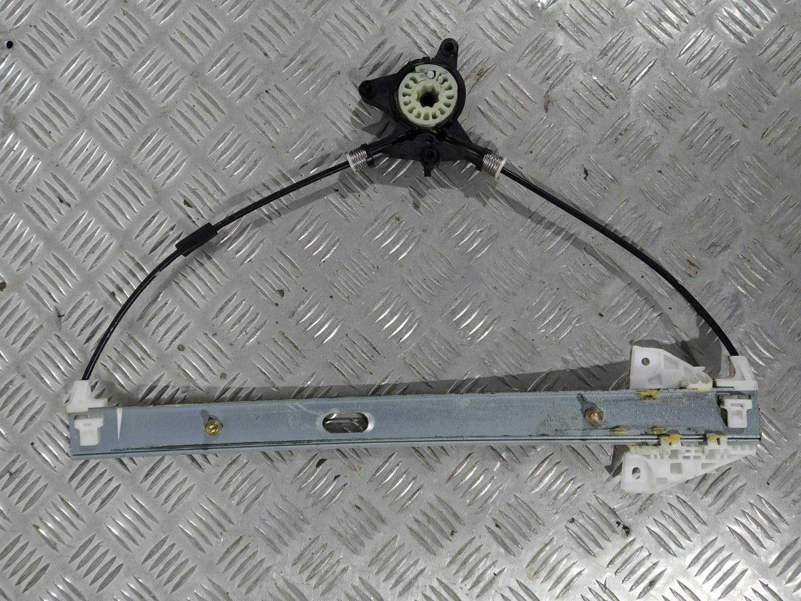 Стеклоподъемник электрический передний левый Mazda 6 2.0 I 2006 (б/у)
