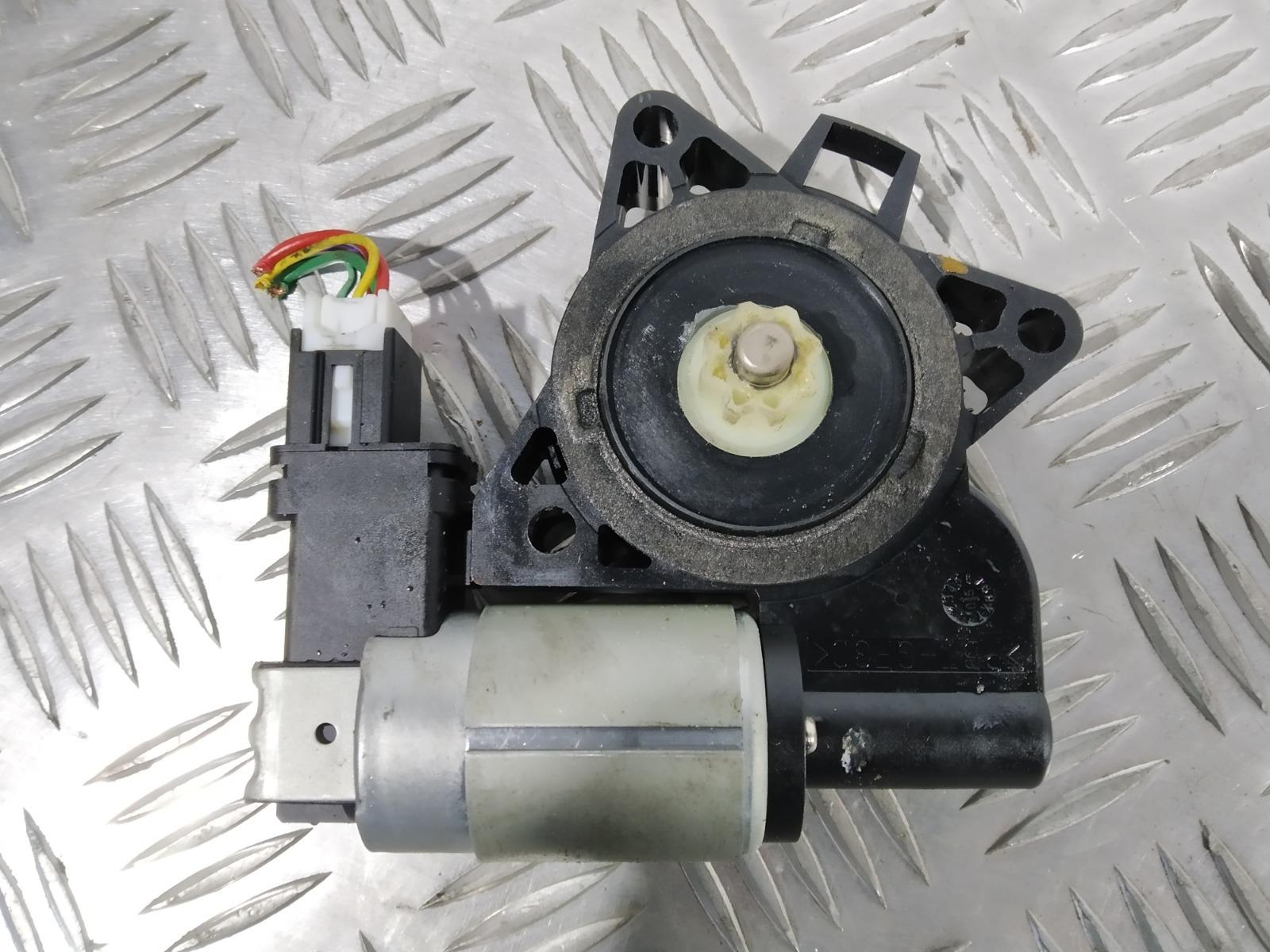 Моторчик стеклоподъемника передний левый Mazda 6 2.0 I 2006 (б/у)