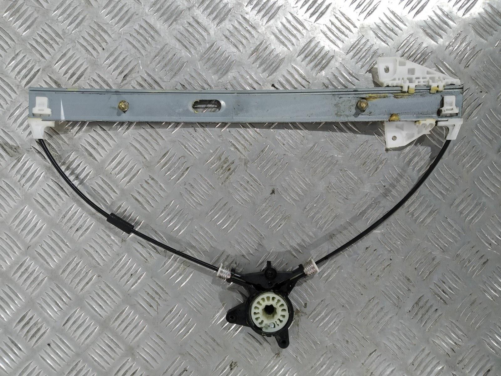 Стеклоподъемник электрический передний правый Mazda 6 2.0 I 2006 (б/у)