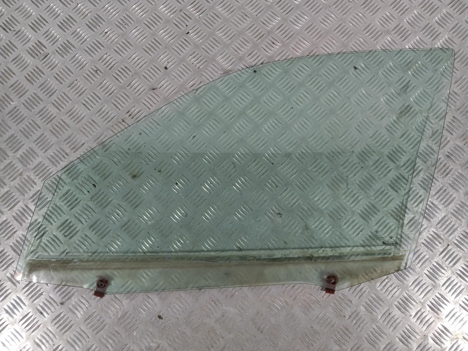 Стекло двери передней левой Bmw 3 E46 1.9 I 2000 (б/у)