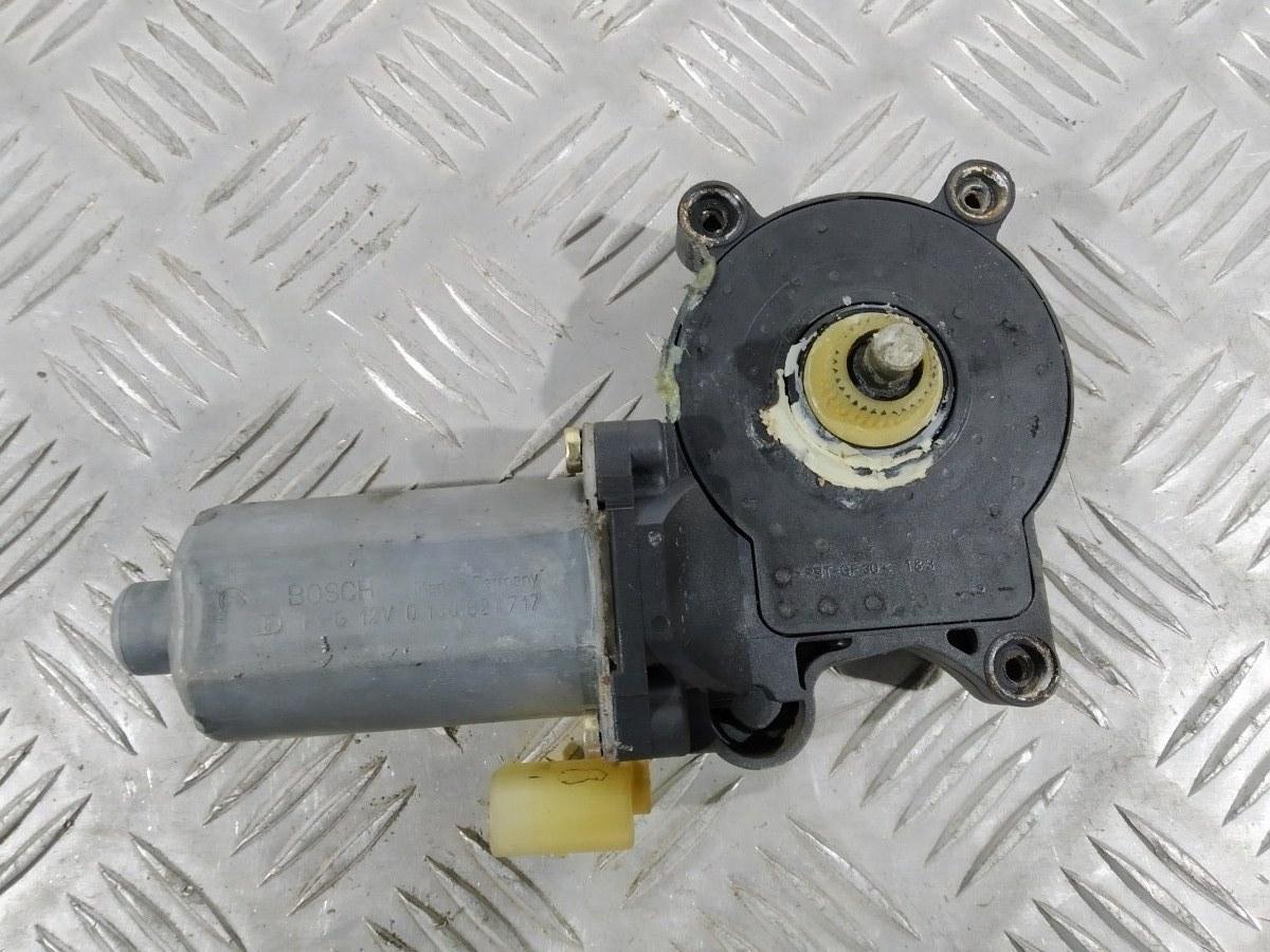 Моторчик стеклоподъемника передний правый Bmw 3 E46 1.9 I 2000 (б/у)