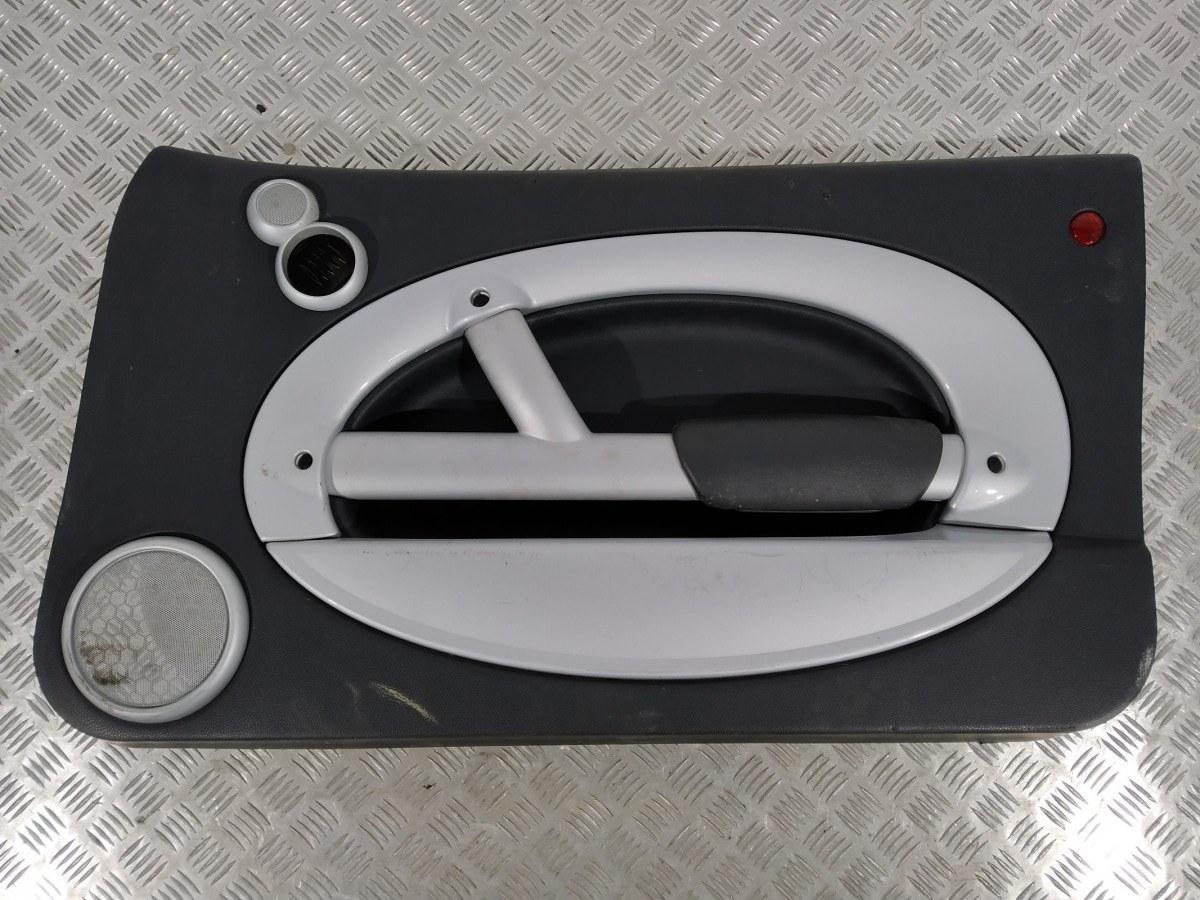 Обшивка двери передней правой (дверная карта) Mini Cooper R50 1.6 I 2004 (б/у)