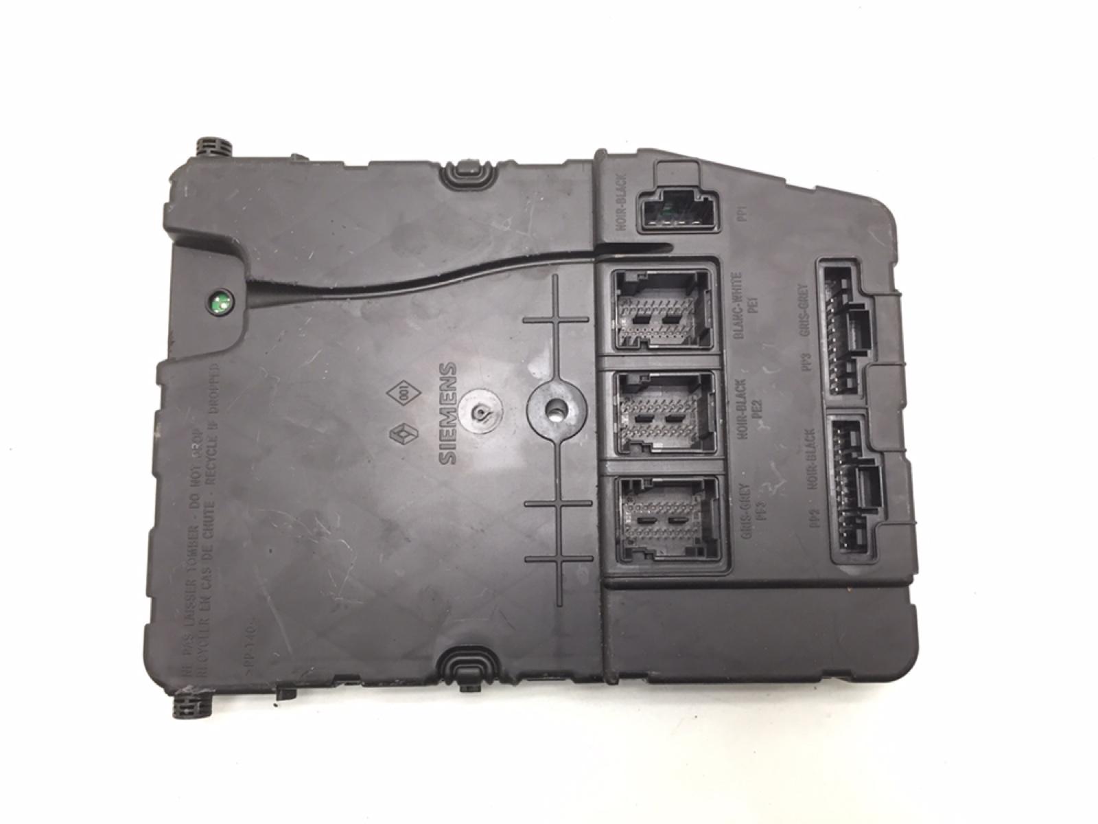 Блок комфорта Renault Megane 1.6 I 2005 (б/у)