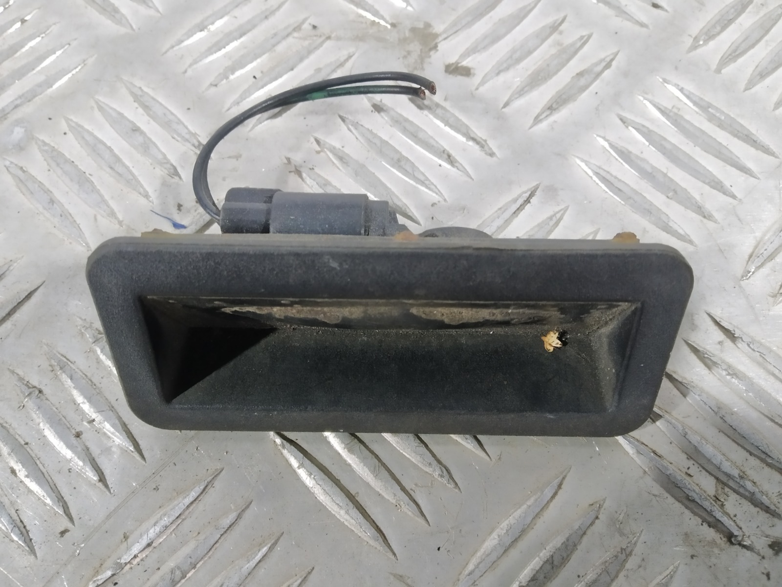 Ручка крышки багажника Ford Mondeo 1.8 2009 (б/у)