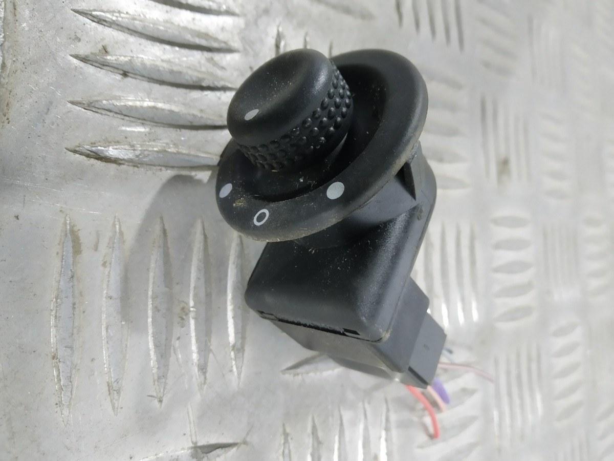 Джойстик регулировки зеркал Renault Megane 1.4 I 2005 (б/у)