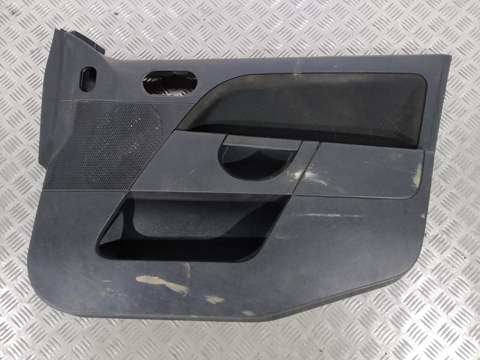 Обшивка двери передней правой (дверная карта) Ford Fiesta 1.3 I 2005 (б/у)