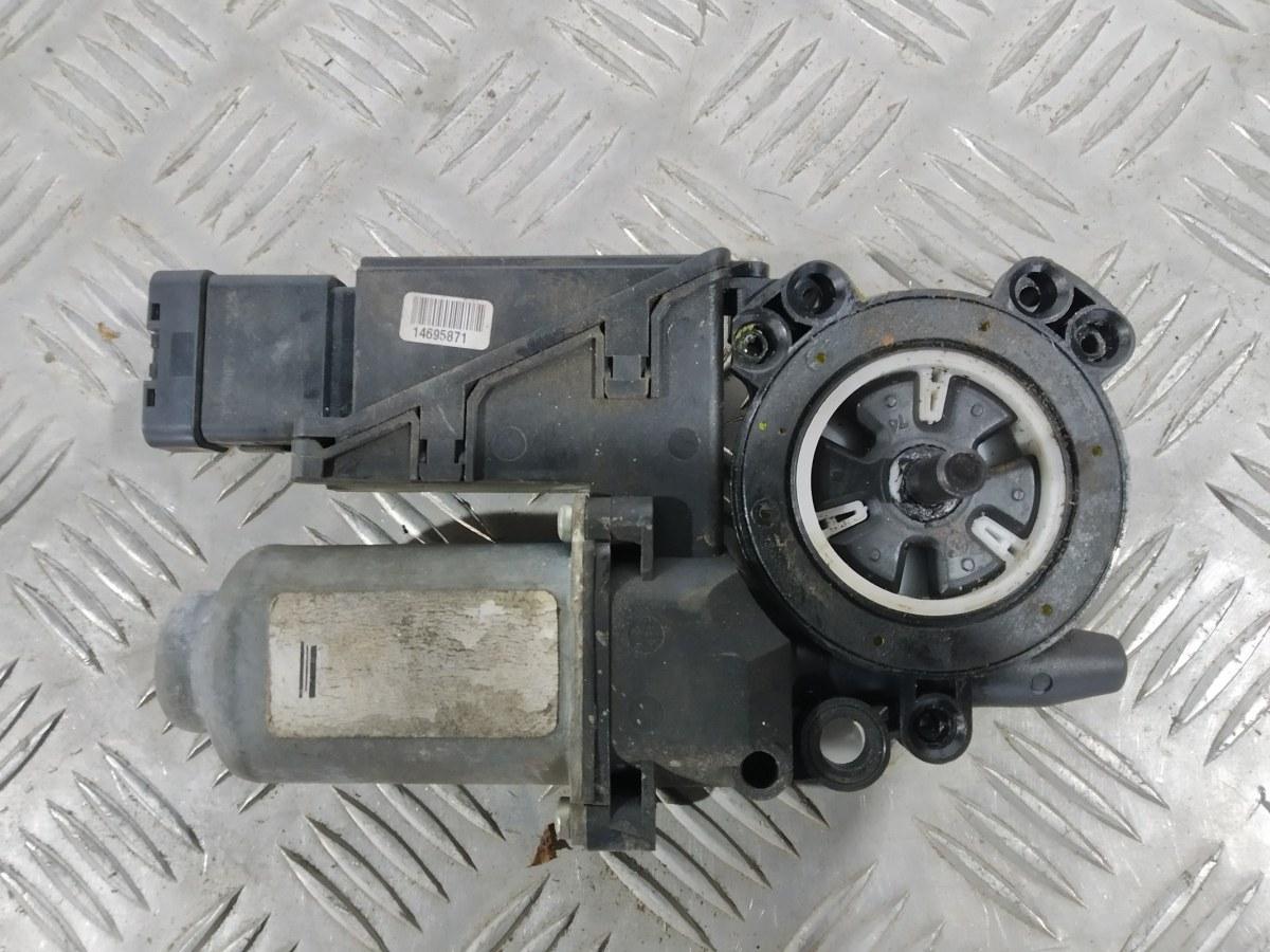 Моторчик стеклоподъемника передний правый Renault Laguna 1.9 DCI 2005 (б/у)