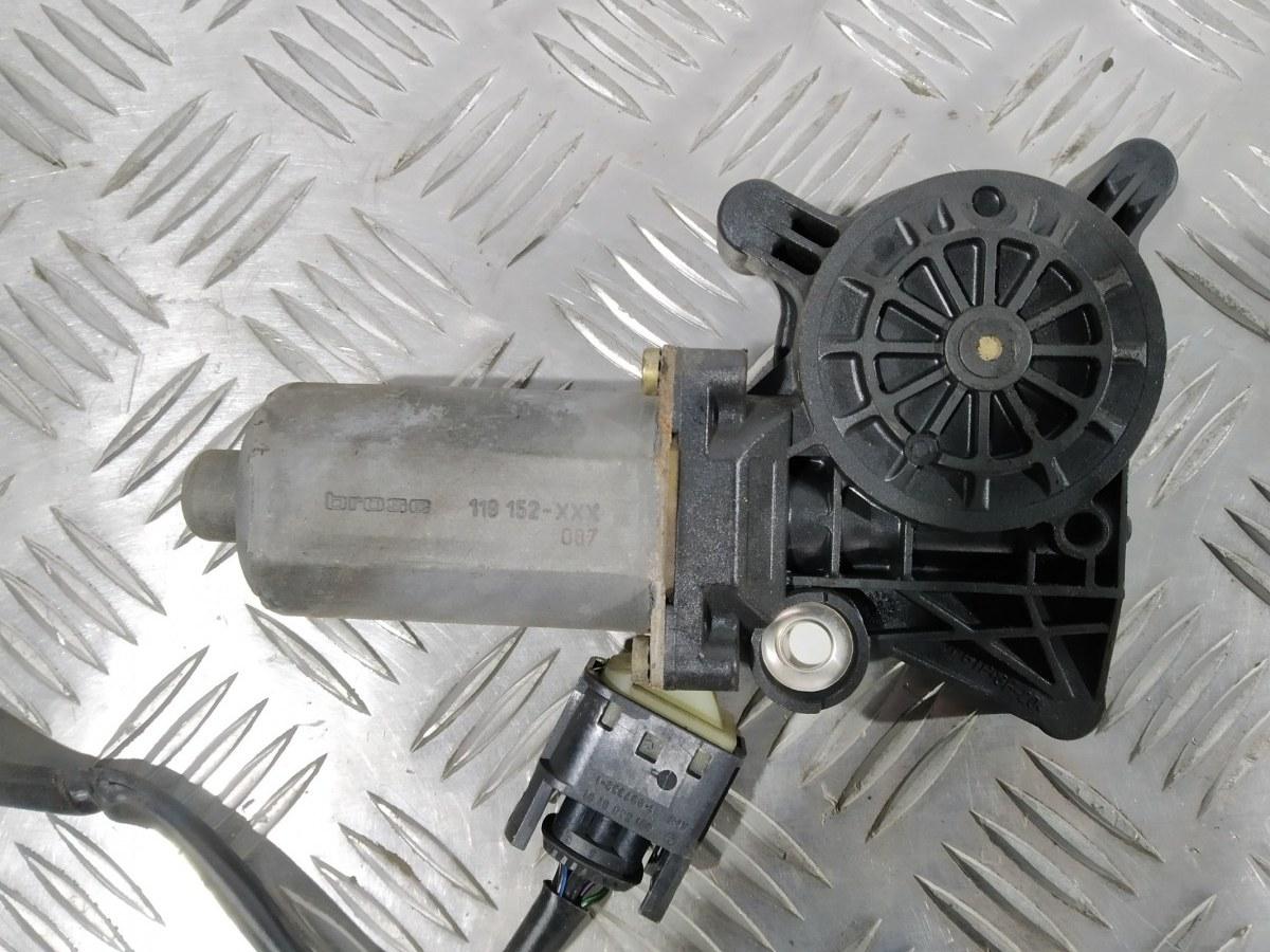 Моторчик стеклоподъемника передний левый Mercedes C W202 2.0 I 2000 (б/у)