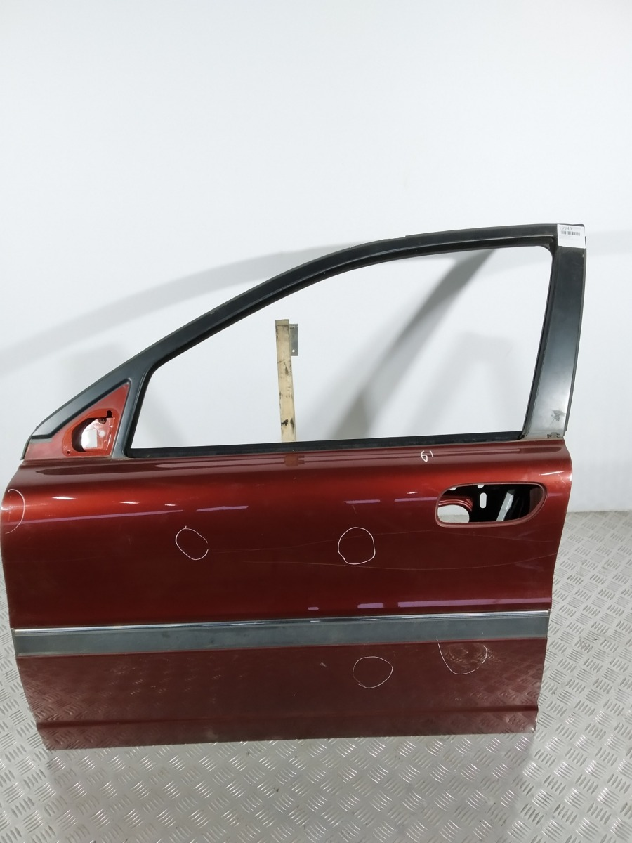 Дверь передняя левая Volvo S80 2.4 I 2000 (б/у)