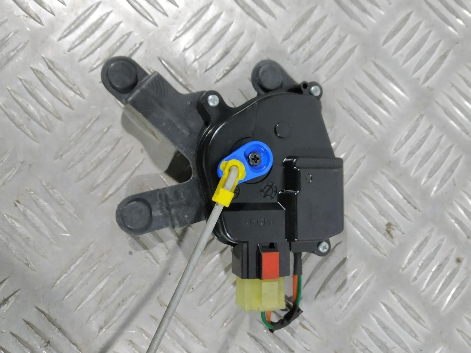 Активатор (привод) замка двери Hyundai I10 1.1 I 2008 (б/у)