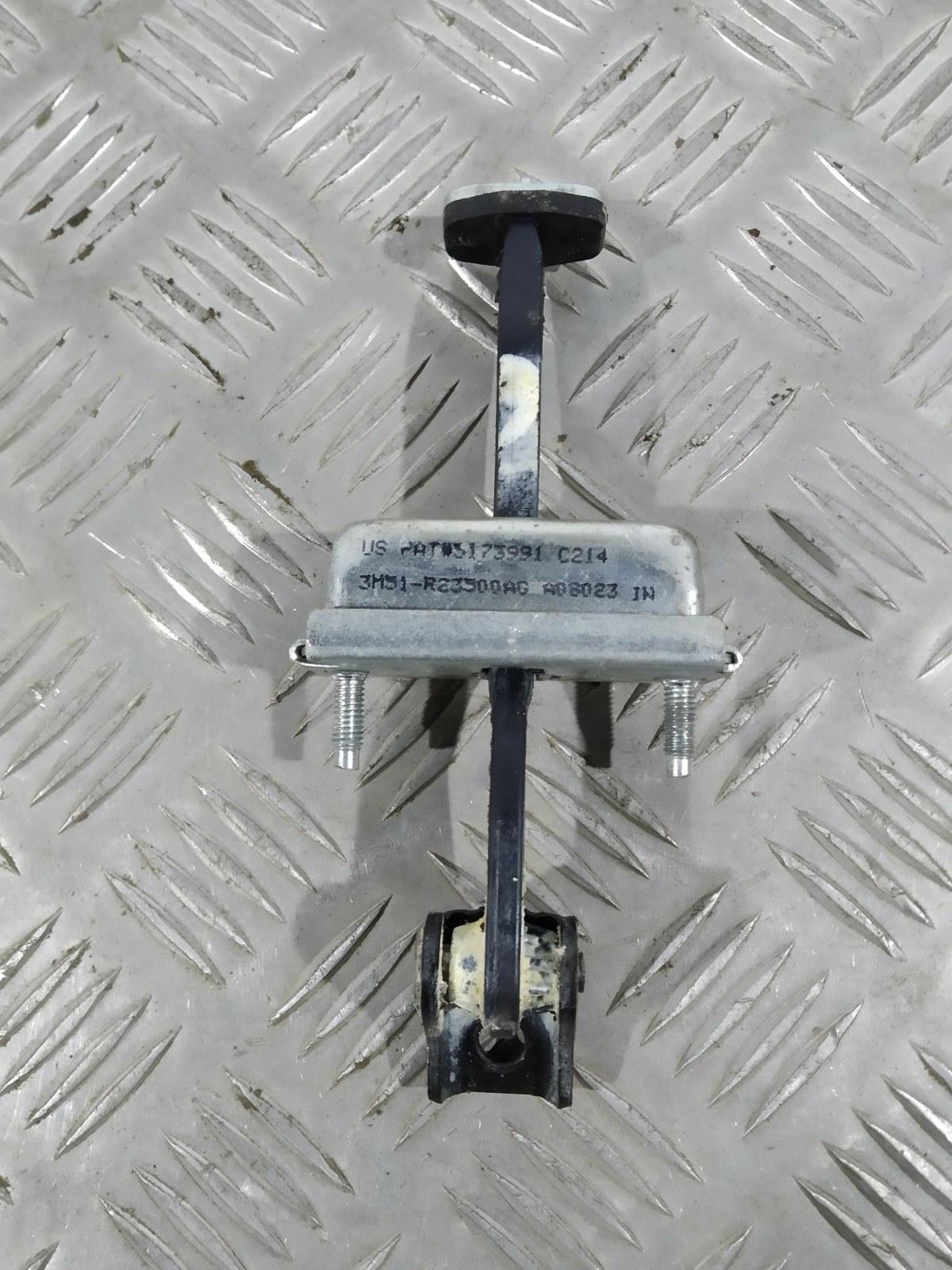 Ограничитель открывания двери Ford Focus 1.8 I 2009 (б/у)