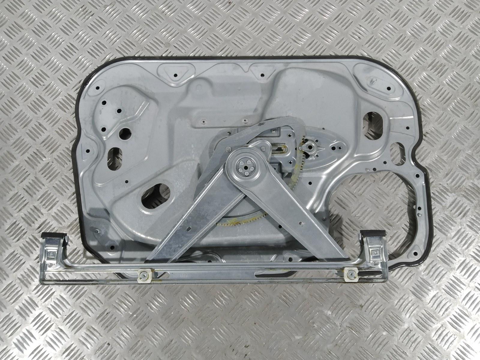 Стеклоподъемник электрический передний правый Ford Focus 1.8 I 2009 (б/у)