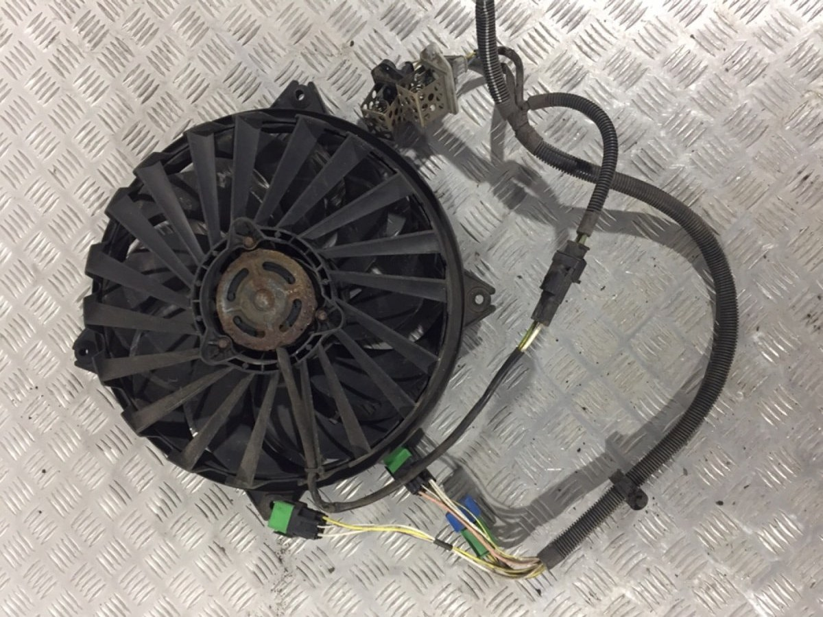 Вентилятор радиатора Fiat Ulysse 2.0 I 2004 (б/у)