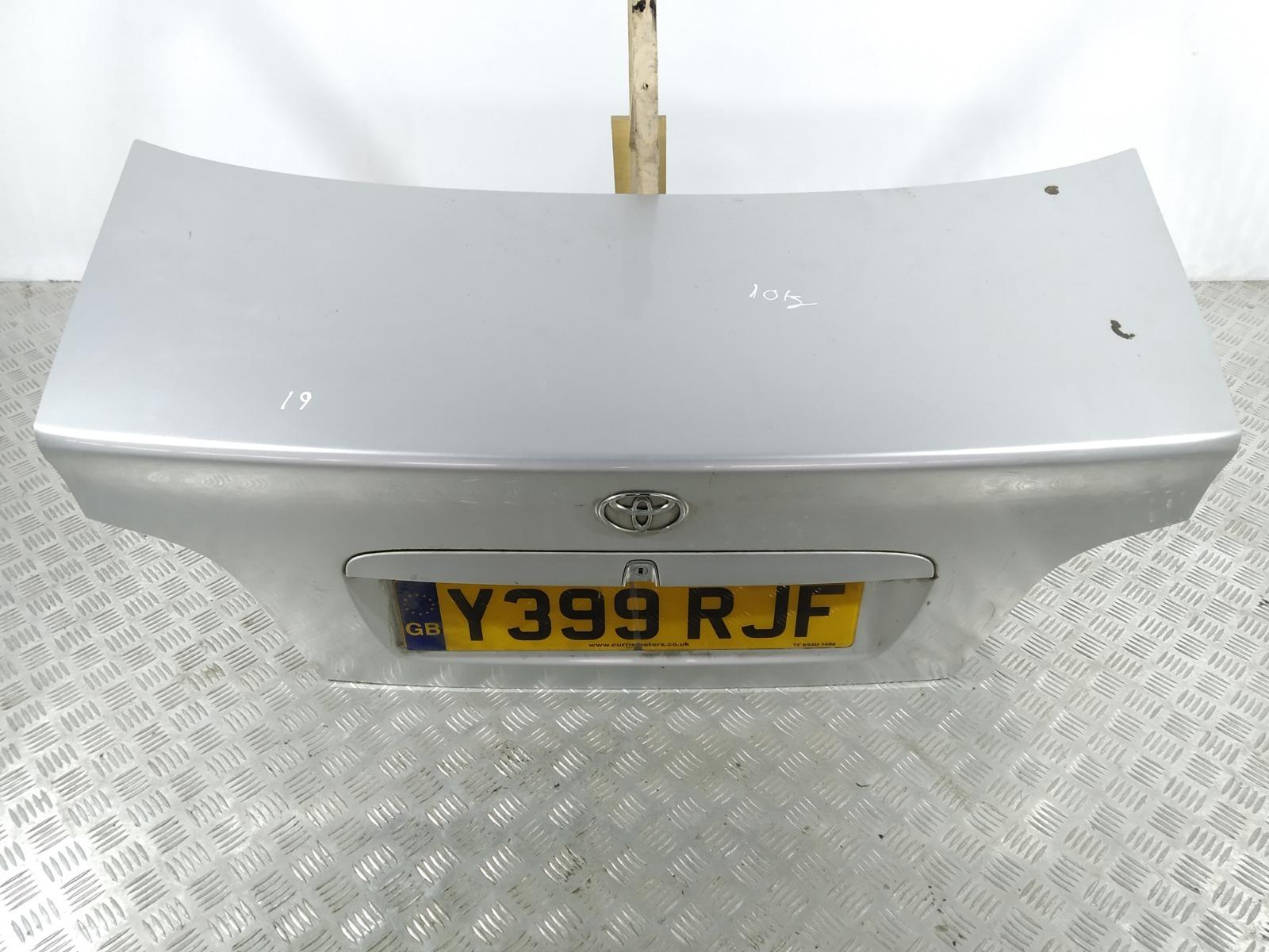 Крышка багажника (дверь 3-5) Toyota Avensis 1.8 I 2001 (б/у)