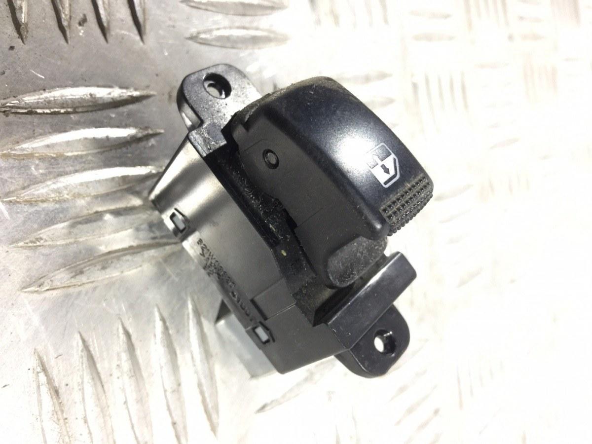 Кнопка стеклоподъемника Kia Picanto 1.1 I 2004 (б/у)