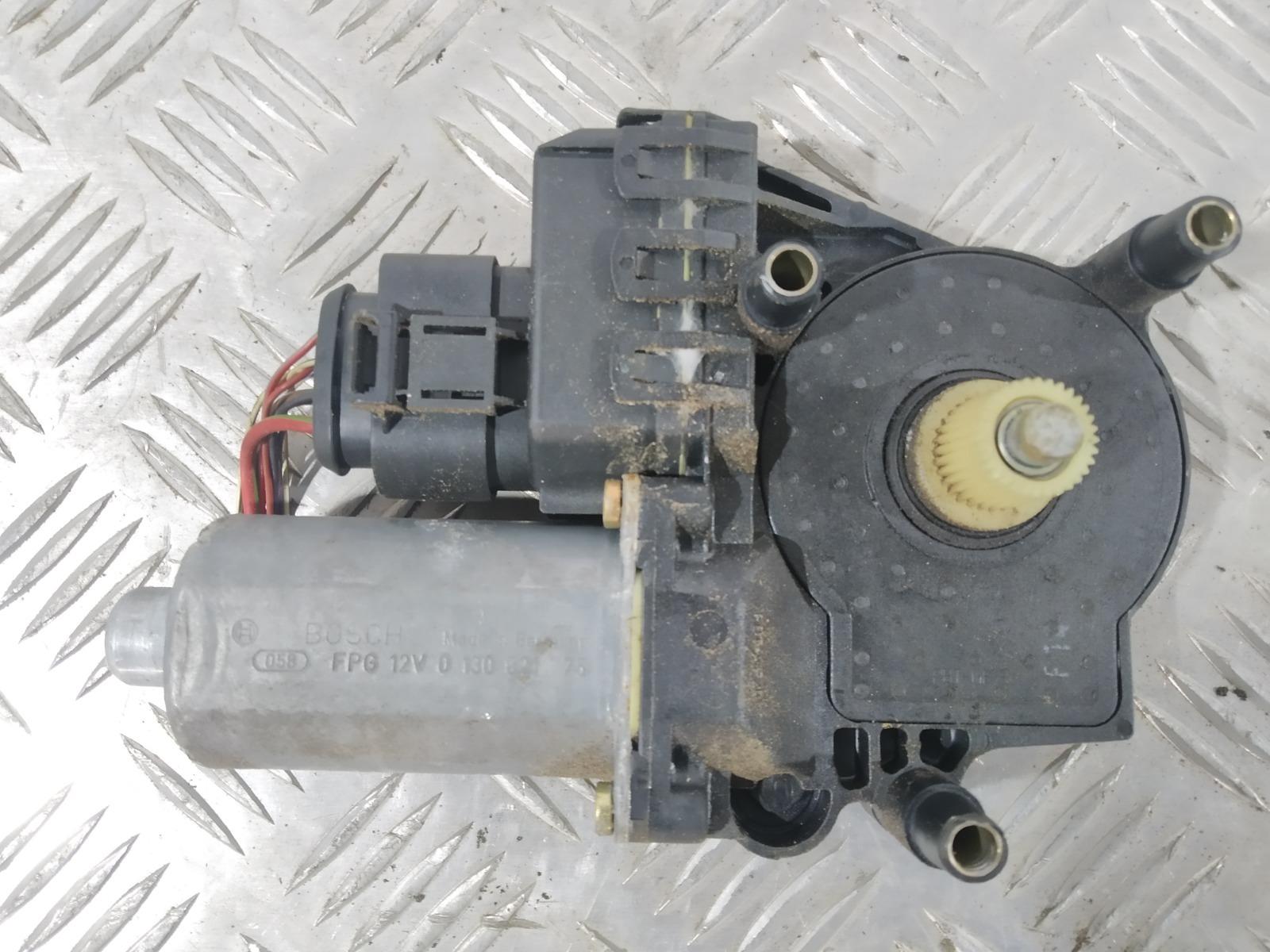 Моторчик стеклоподъемника передний левый Audi A6 C5 2.5 TDI 2003 (б/у)