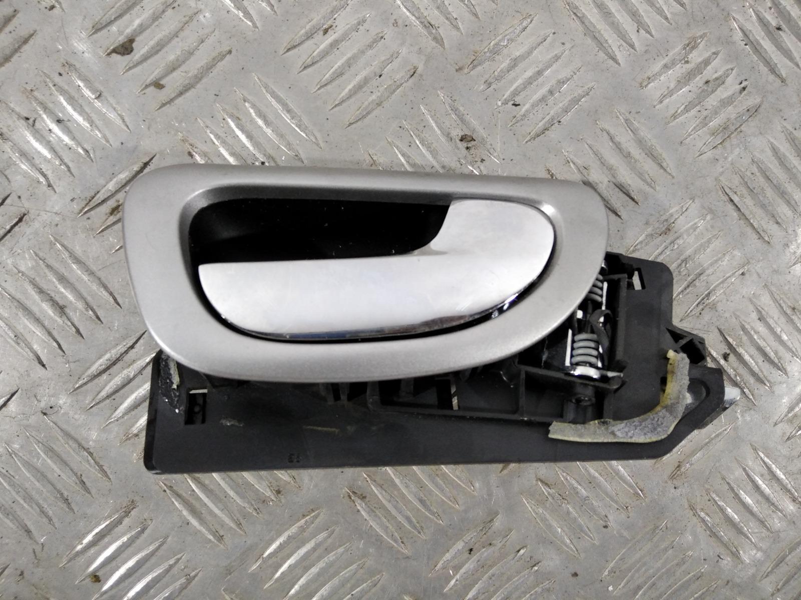 Ручка внутренняя передняя правая Peugeot 307 1.4 I 2005 (б/у)