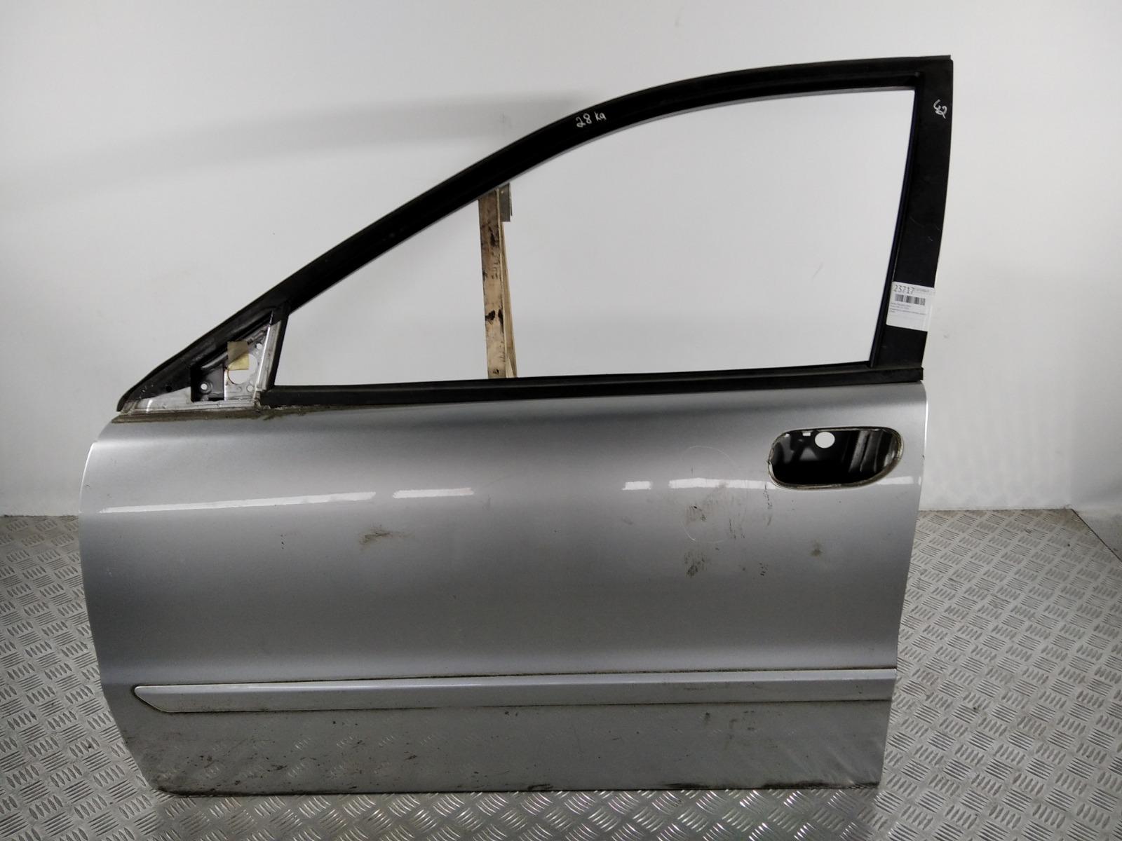 Дверь передняя левая Volvo V40 1.8 I 2004 (б/у)