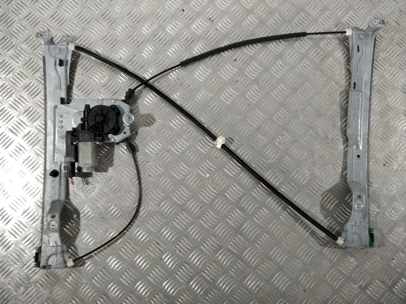 Стеклоподъемник электрический передний правый Renault Clio 1.4 I 2007 (б/у)