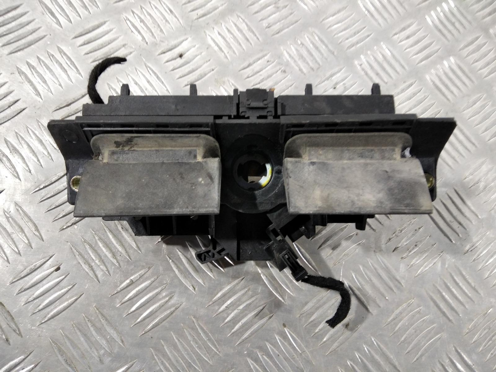 Ручка крышки багажника Audi A6 C5 2.5 TDI 2003 (б/у)