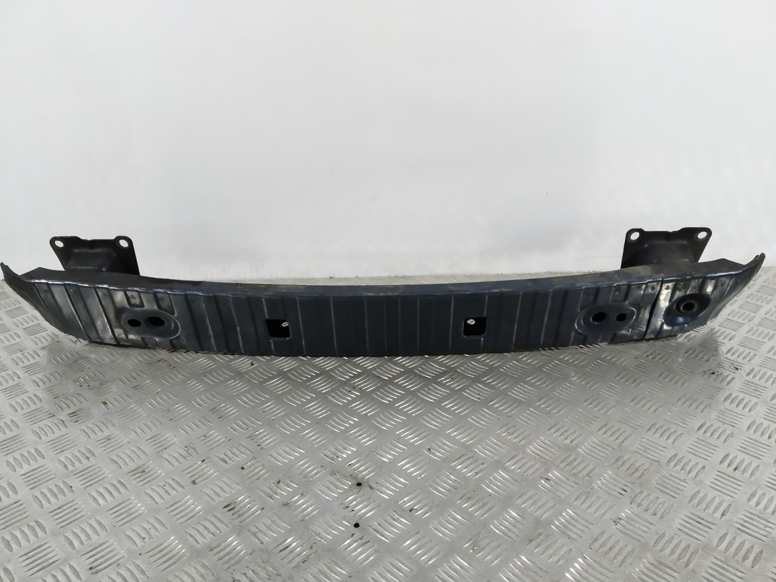 Усилитель бампера заднего Volvo V50 2.0 TD 2005 (б/у)