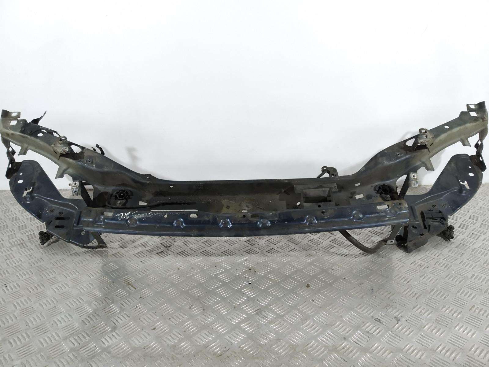Передняя панель крепления облицовки (телевизор) Volvo V50 2.0 TD 2005 (б/у)
