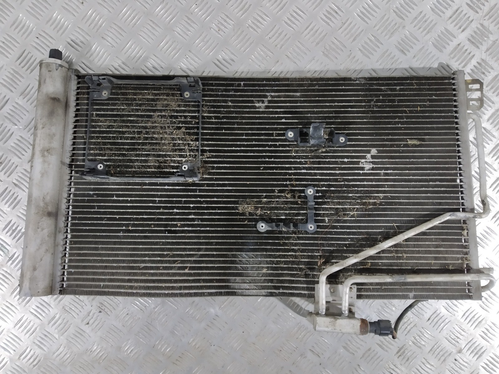 Радиатор кондиционера Mercedes C W203 2.2 CDI 2002 (б/у)