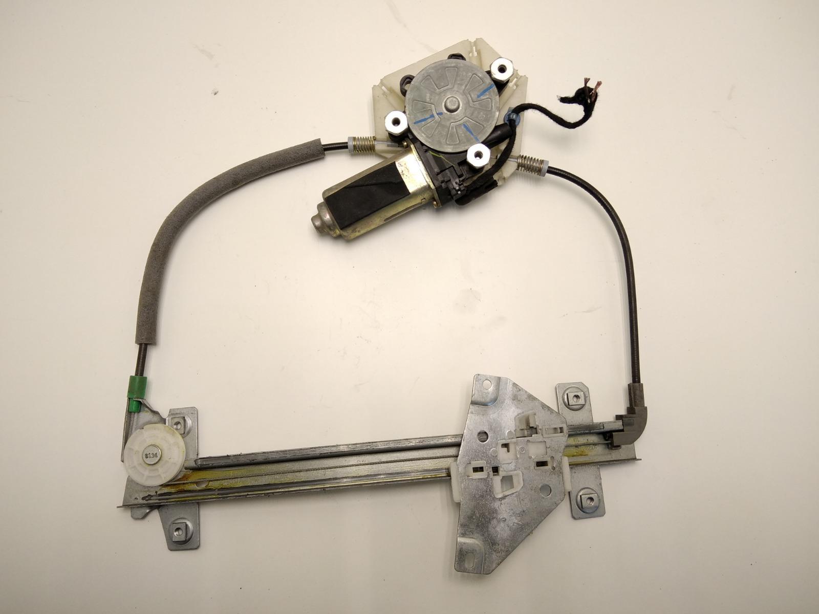 Стеклоподъемник электрический задний правый Volvo V40 1.8 I 2004 (б/у)