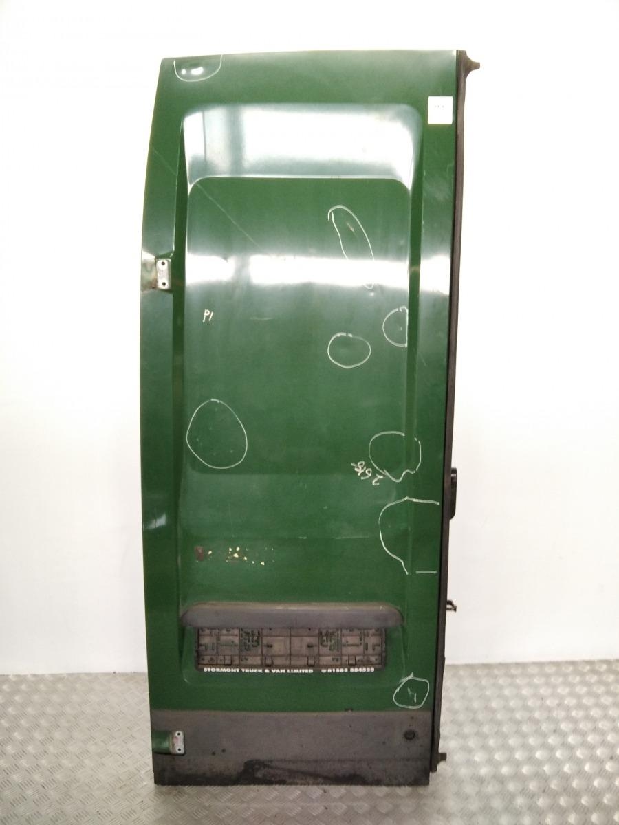 Дверь задняя распашная левая Iveco Daily 2.3 TD 2008 (б/у)