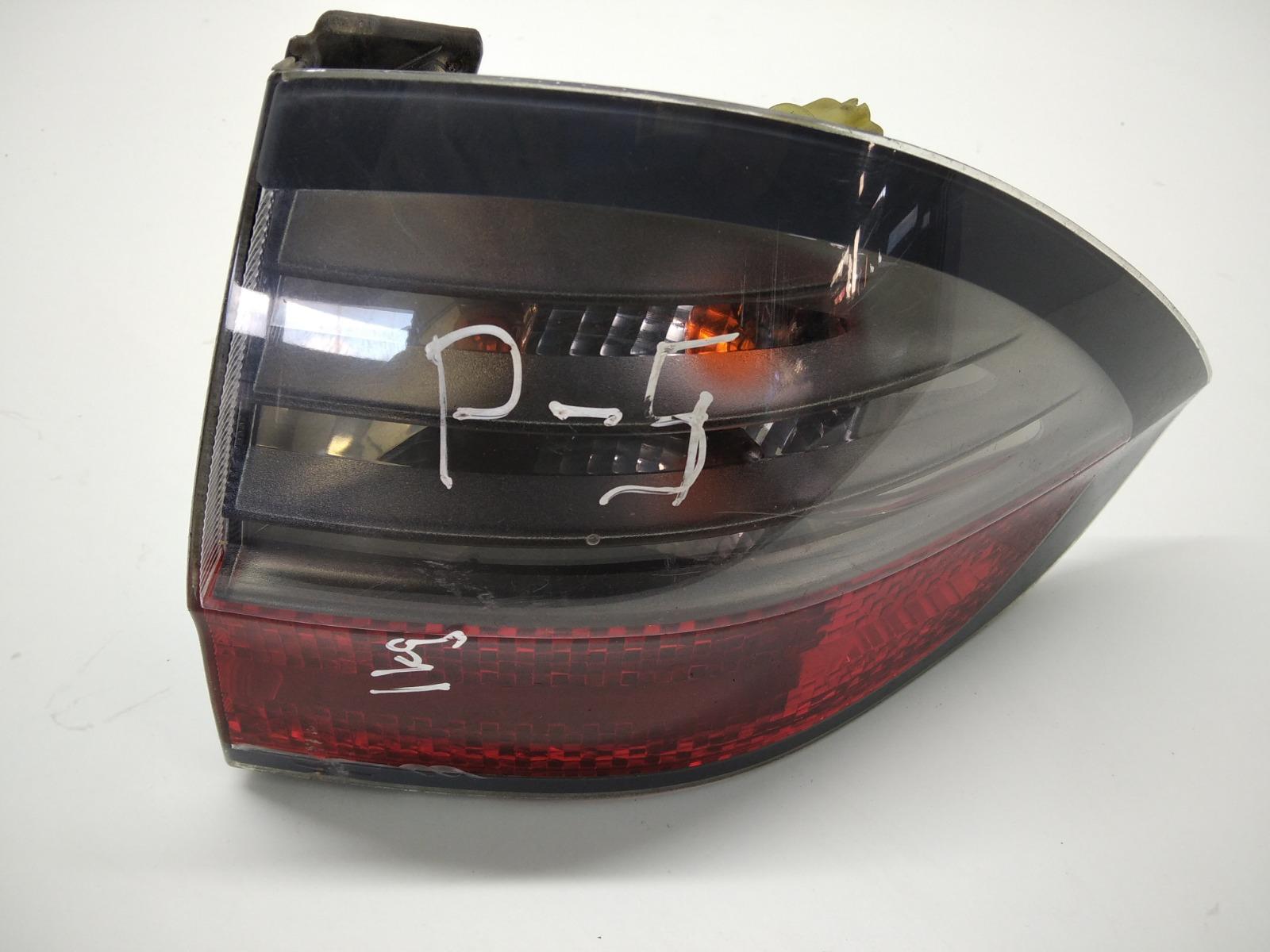 Фонарь задний правый Ford S-Max 2.0 TDCI 2008 (б/у)
