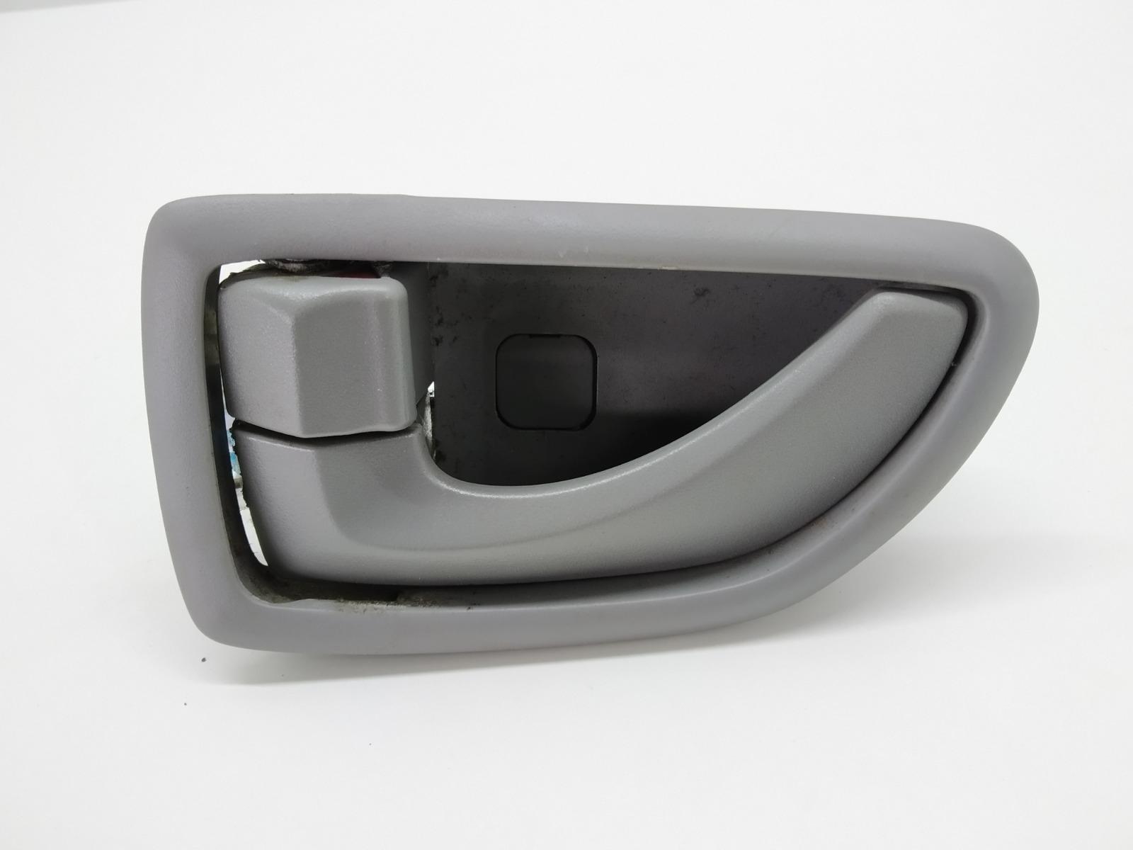 Ручка внутренняя задняя левая Kia Sorento 2.5 CRDI 2007 (б/у)