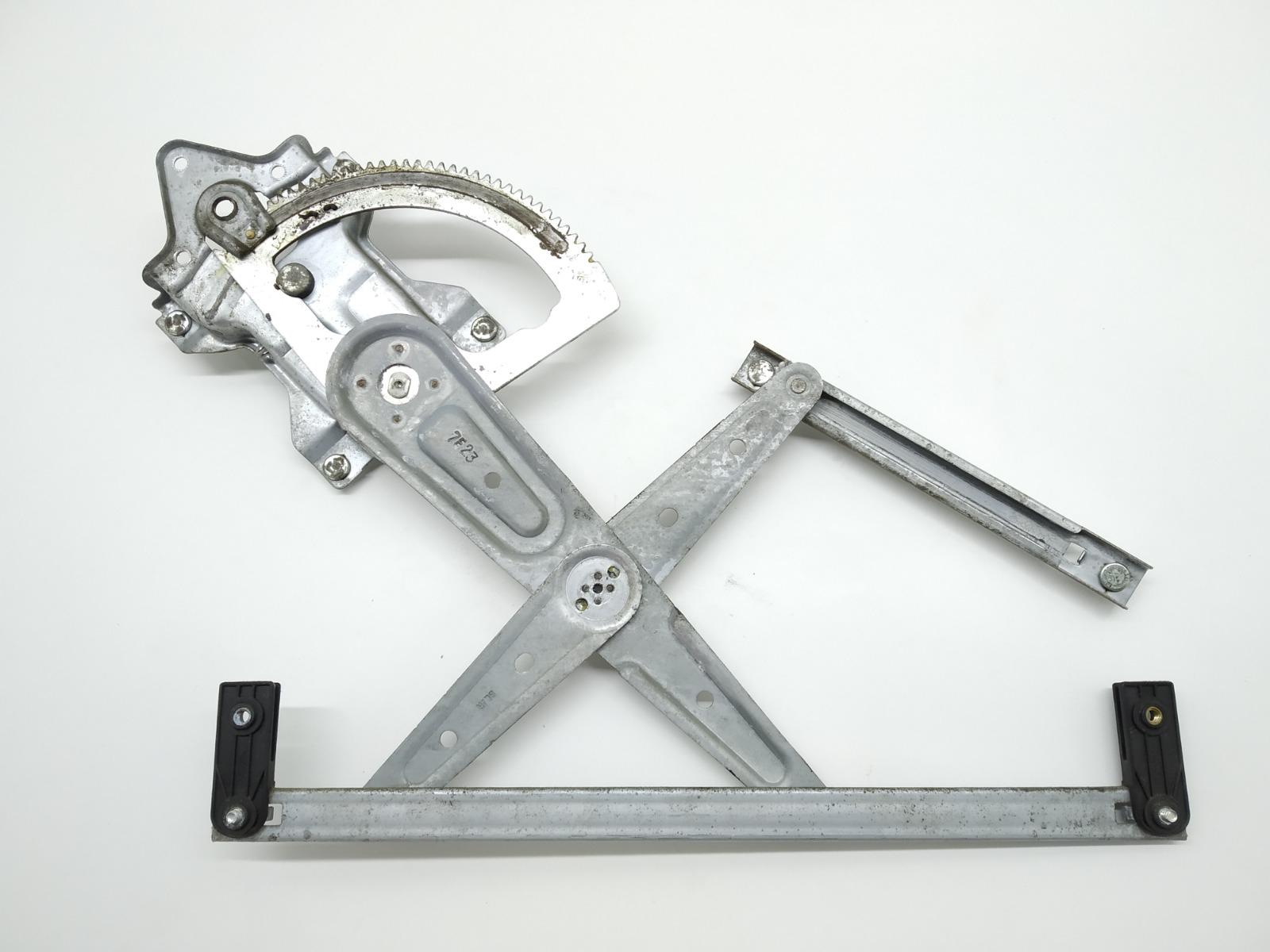 Стеклоподъемник электрический задний левый Kia Sorento 2.5 CRDI 2007 (б/у)