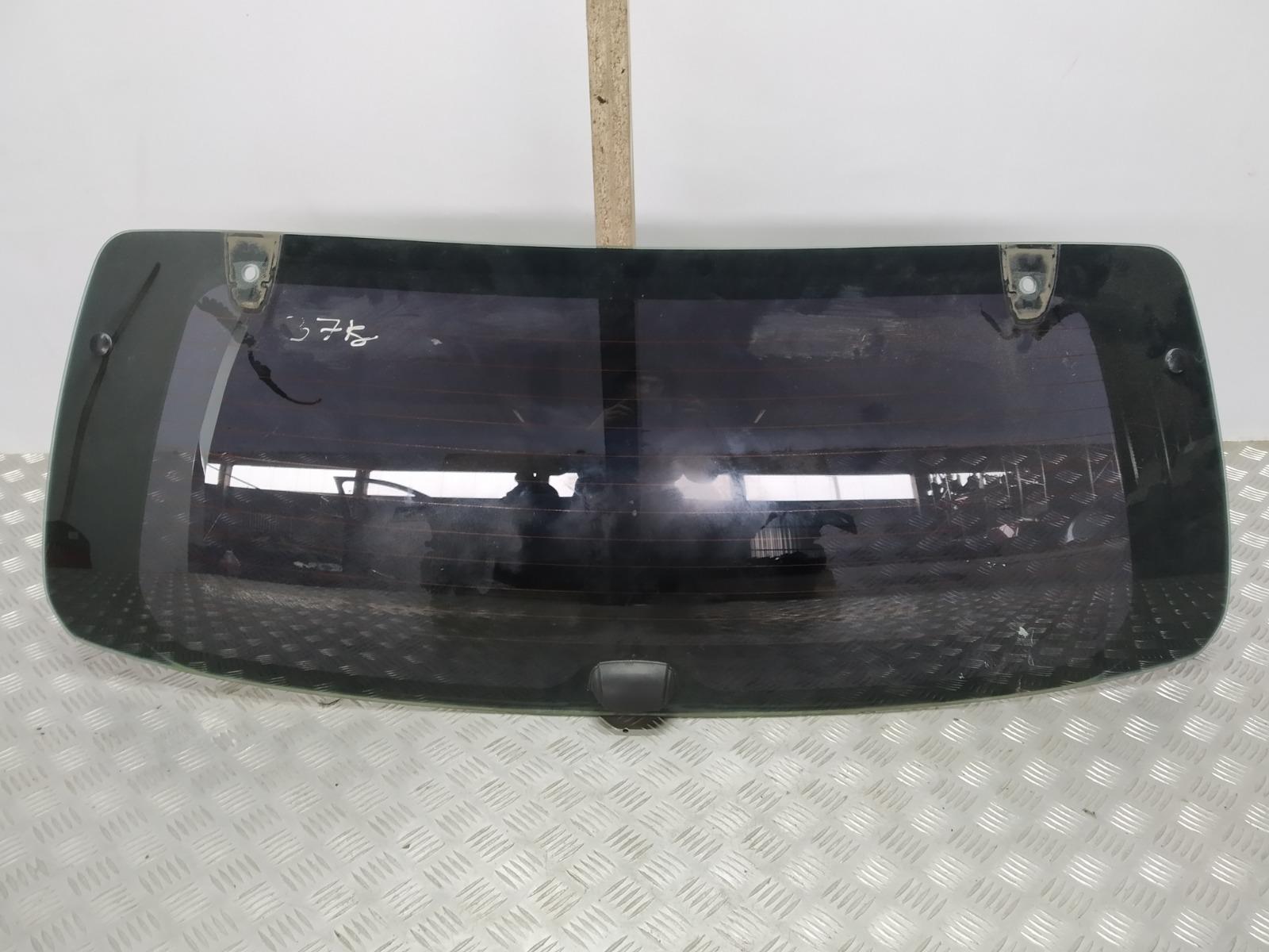 Стекло заднее Kia Sorento 2.5 CRDI 2004 (б/у)