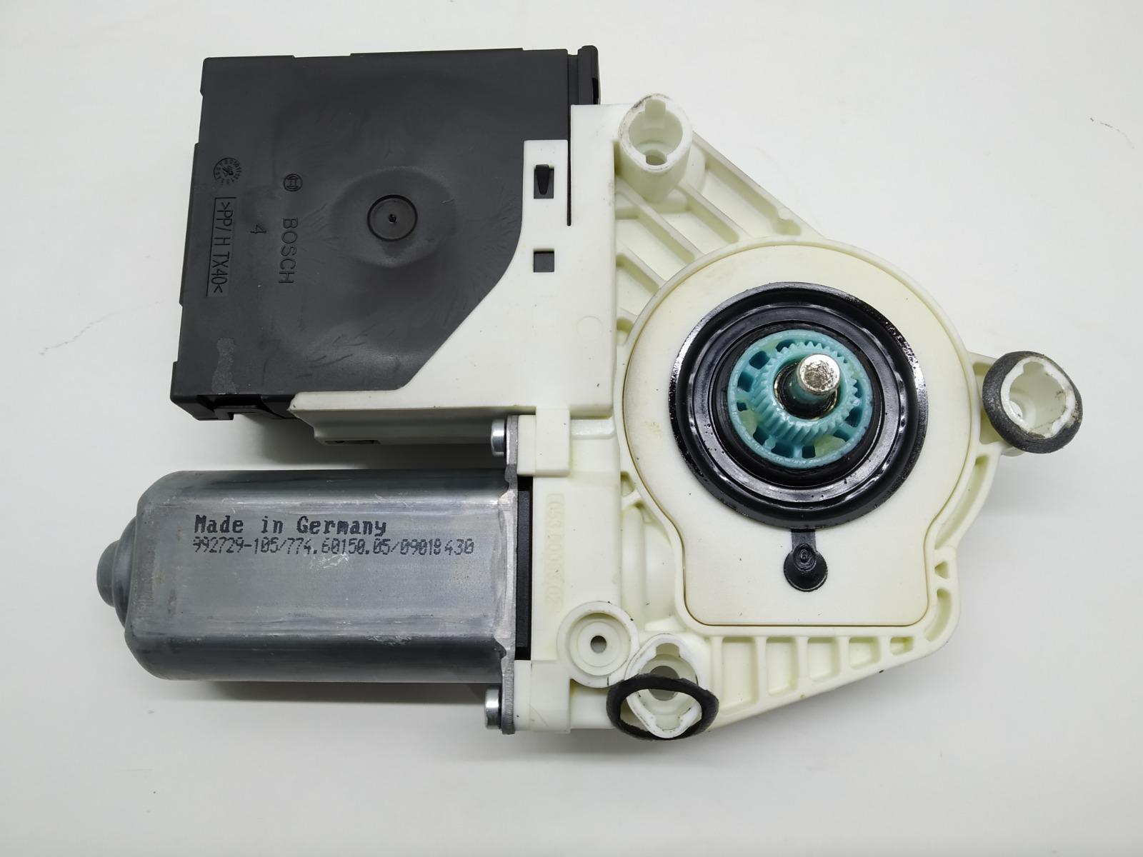 Моторчик стеклоподъемника передний правый Volkswagen Passat B6 2.0 TDI 2008 (б/у)
