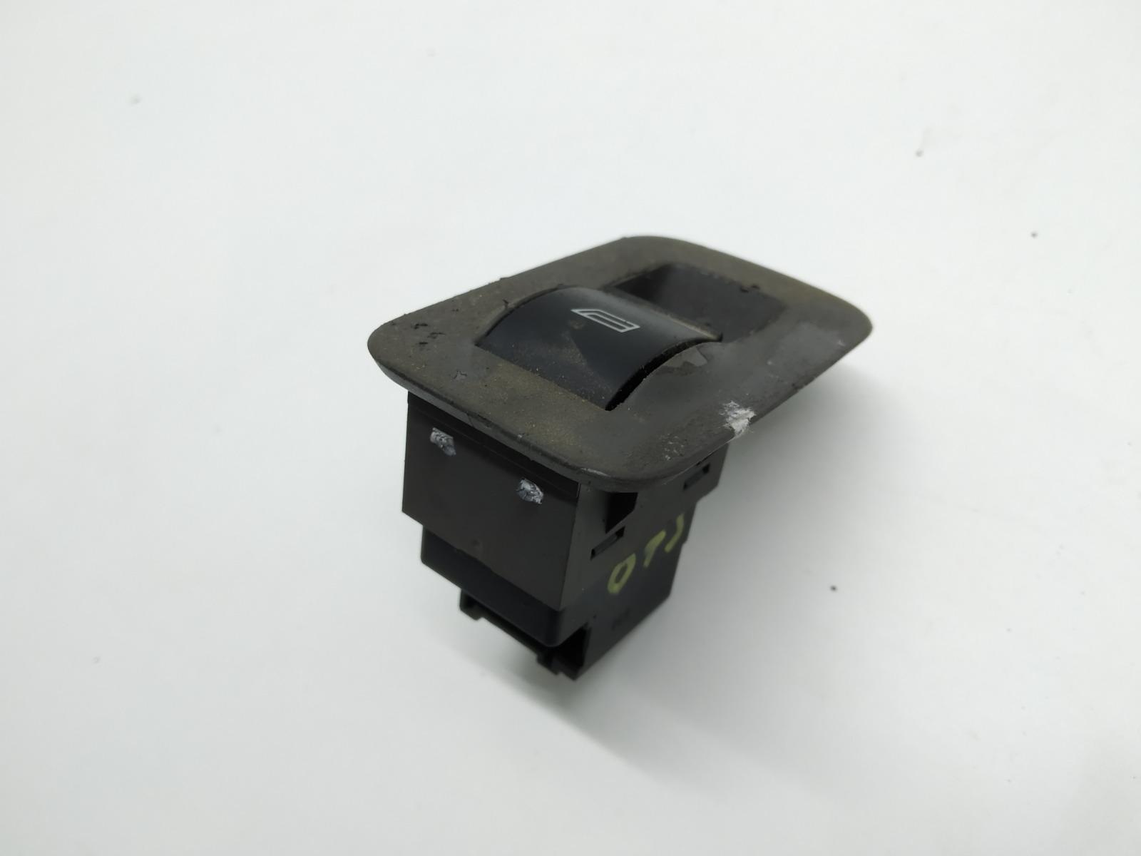 Кнопка стеклоподъемника Audi A2 8Z 1.4 I 2000 (б/у)
