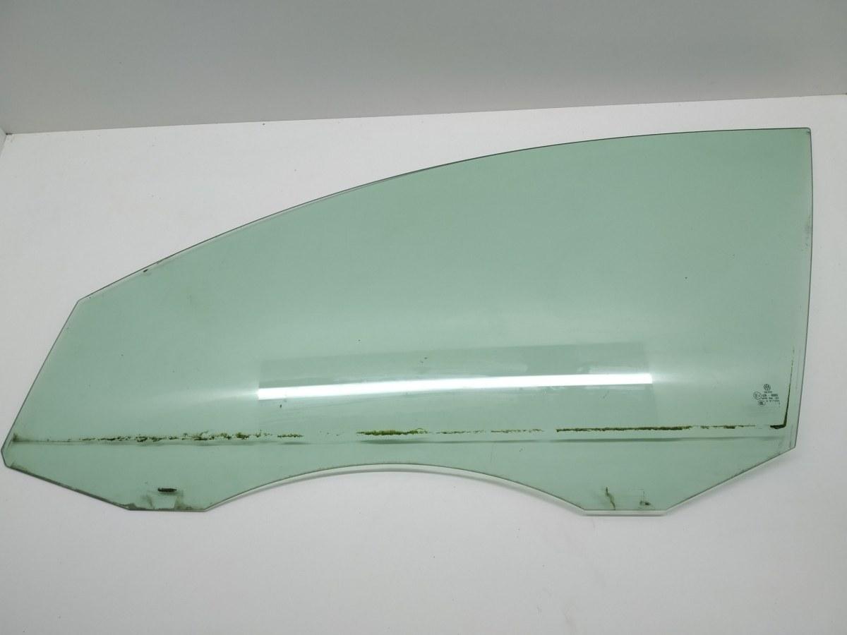Стекло двери передней левой Volkswagen Passat B6 2.0 TDI 2005 (б/у)