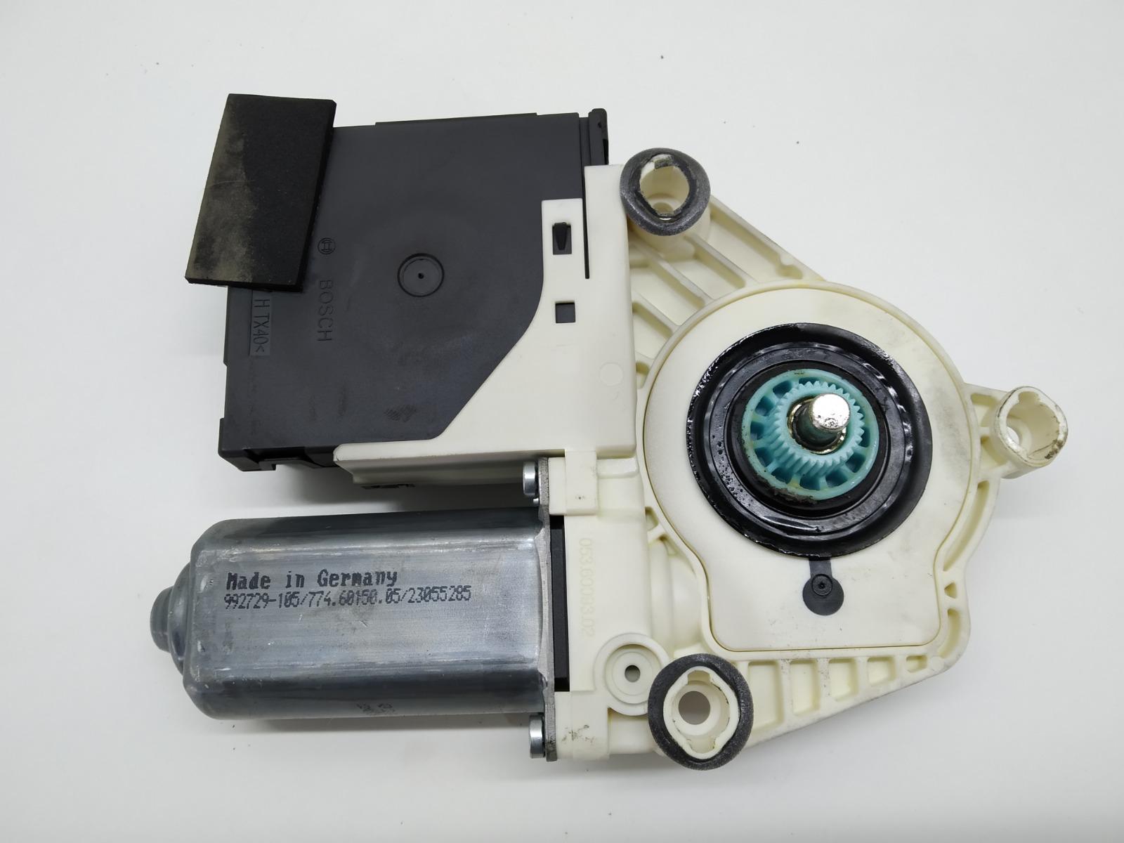 Моторчик стеклоподъемника передний правый Volkswagen Passat B6 2.0 TDI 2005 (б/у)