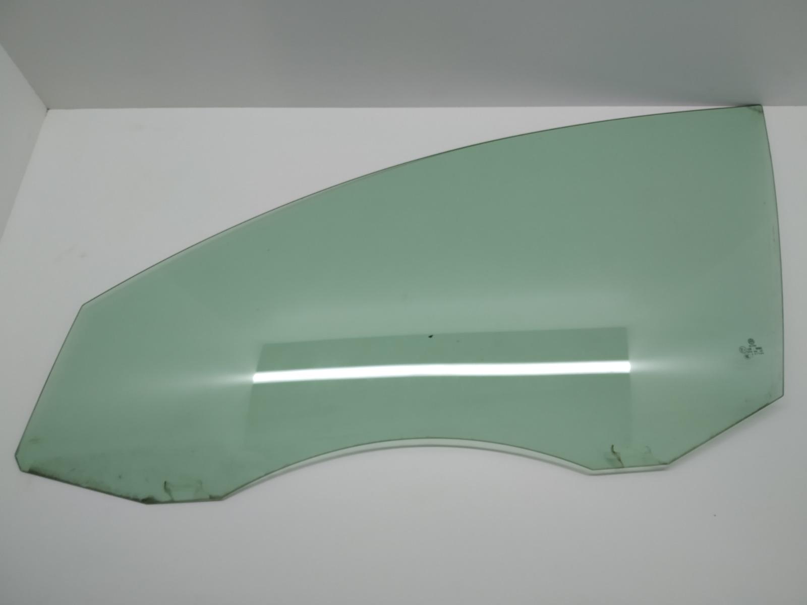 Стекло двери передней левой Volkswagen Passat B6 2.0 TDI 2008 (б/у)