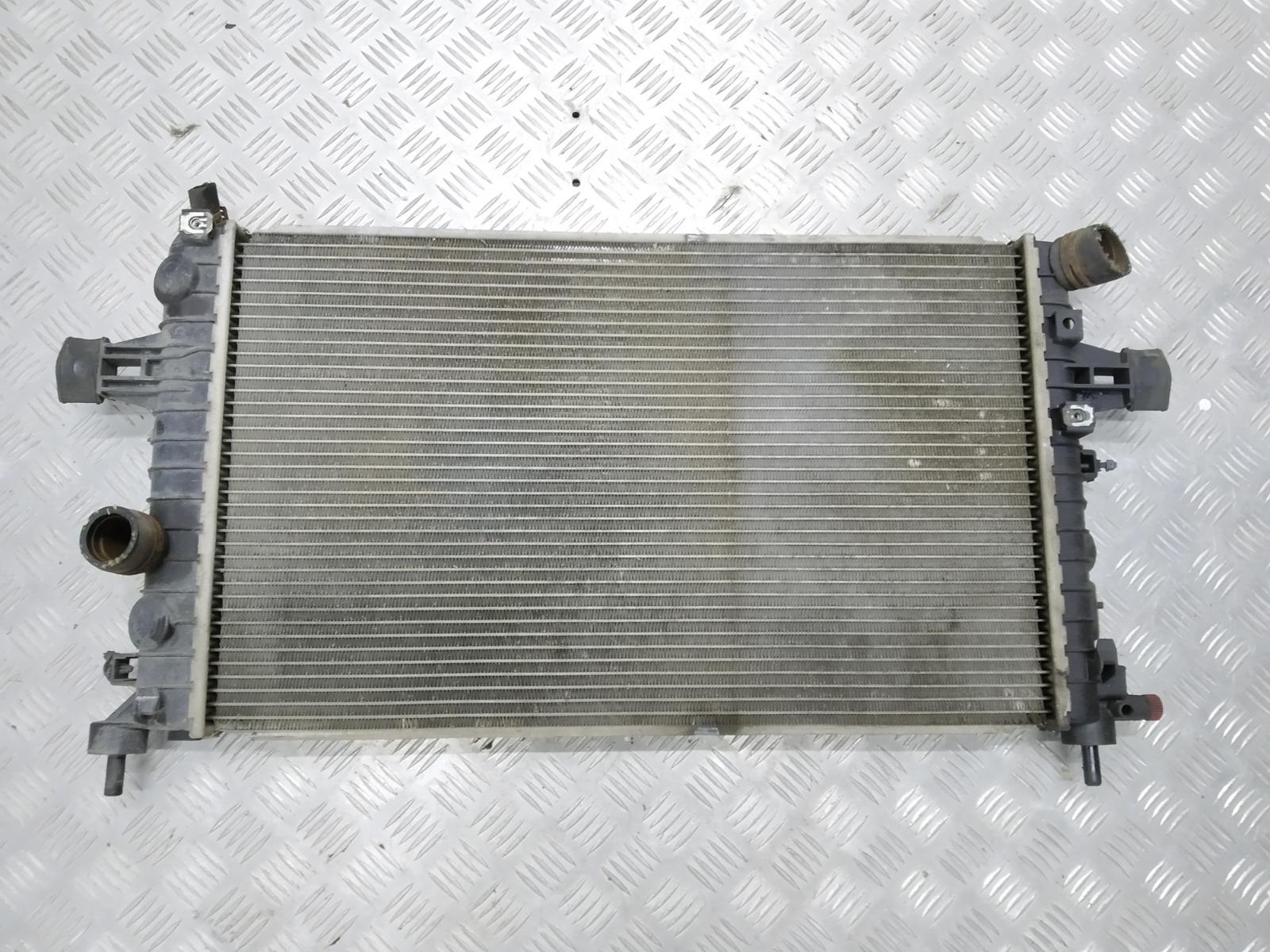 Радиатор (основной) Opel Astra H 1.4 I 2009 (б/у)