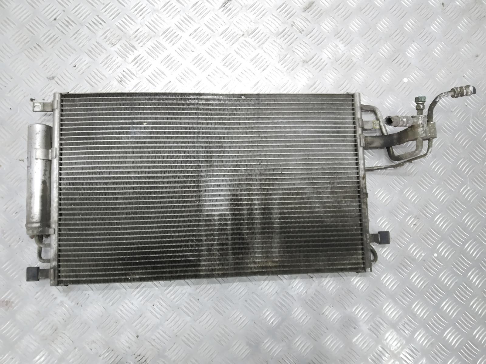 Радиатор кондиционера Hyundai Tucson 2.0 CRDI 2005 (б/у)