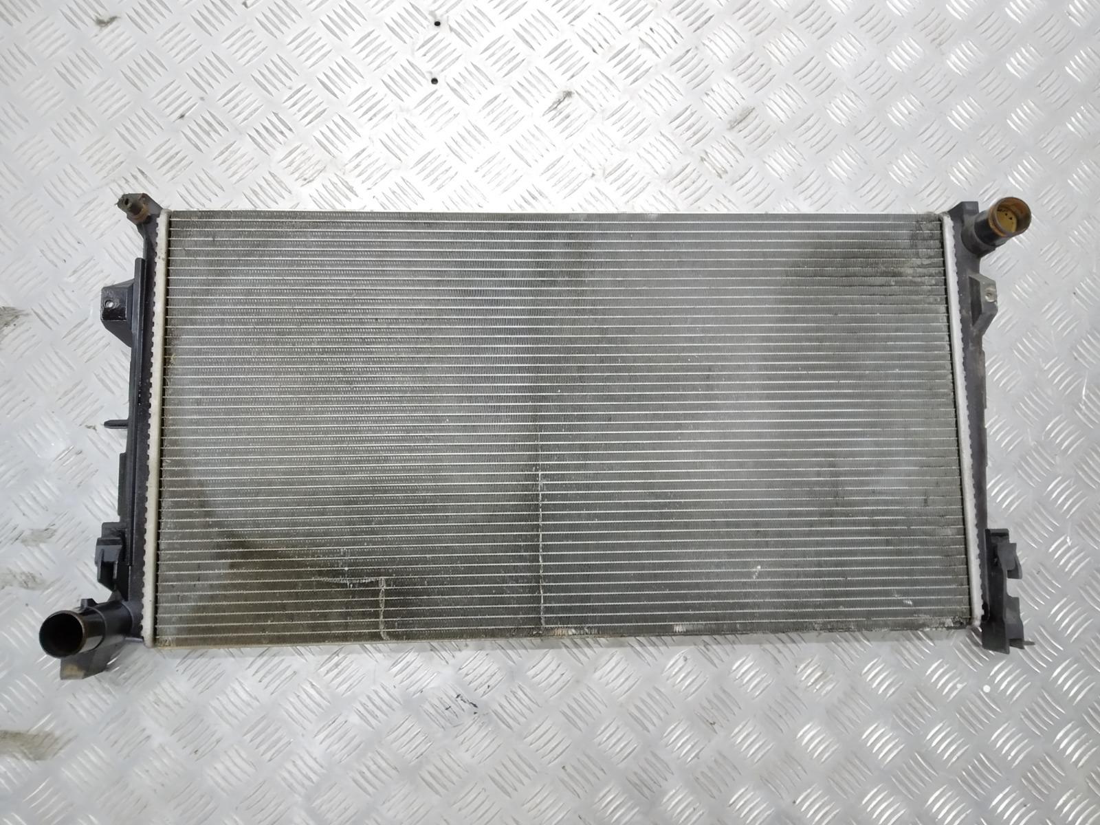 Радиатор (основной) Chrysler Voyager 2.8 CRDI 2006 (б/у)