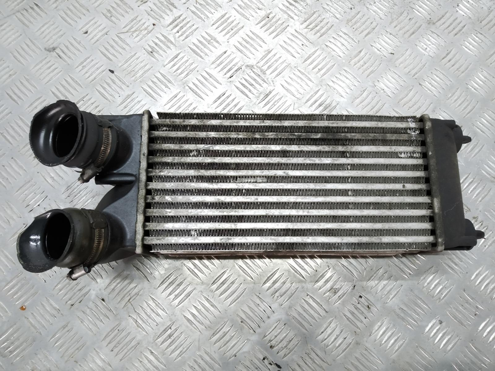 Интеркулер Peugeot 308 T7 1.6 HDI 2009 (б/у)