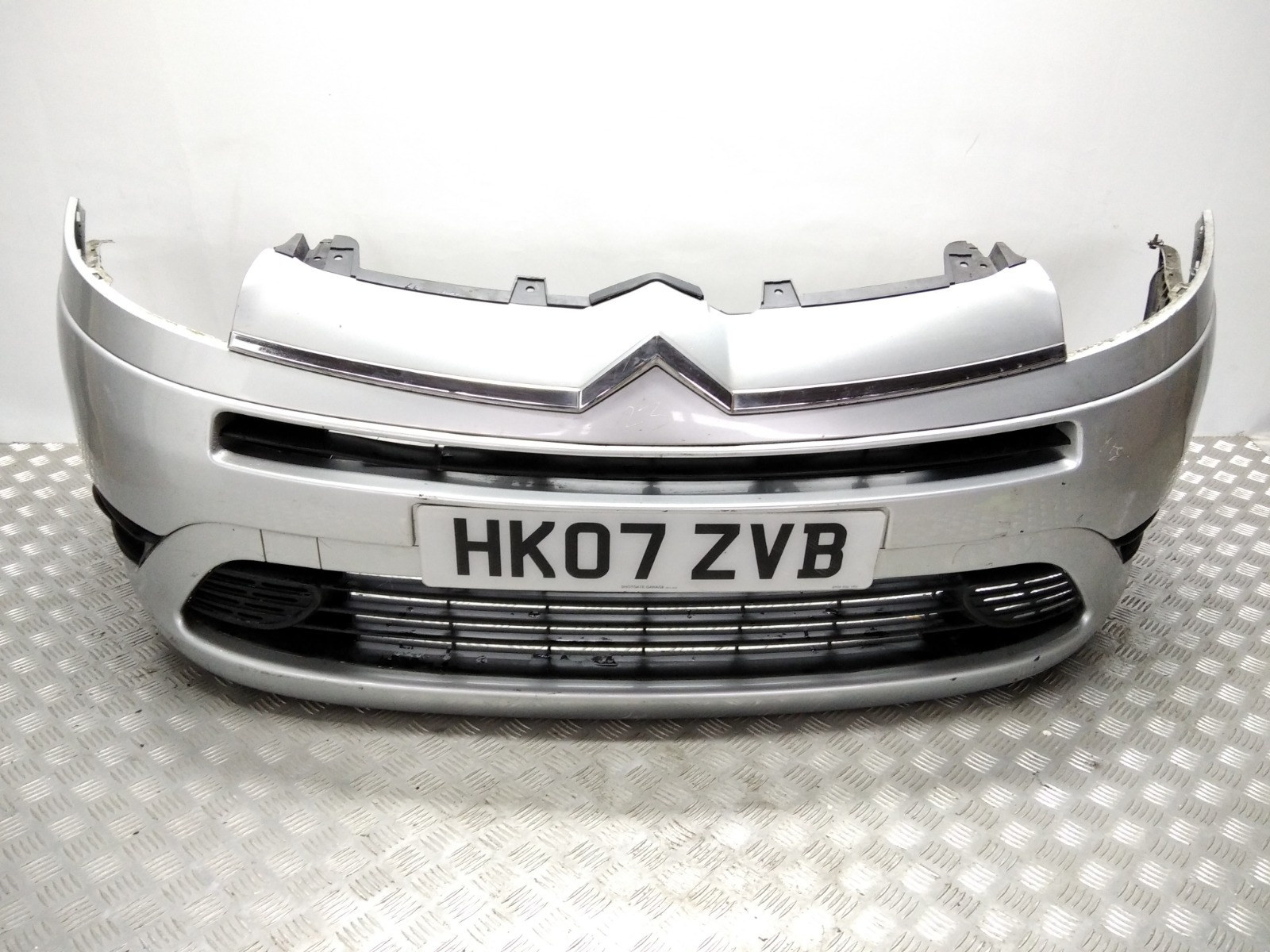 Бампер передний Citroen C4 Picasso 1.6 HDI 2007 (б/у)