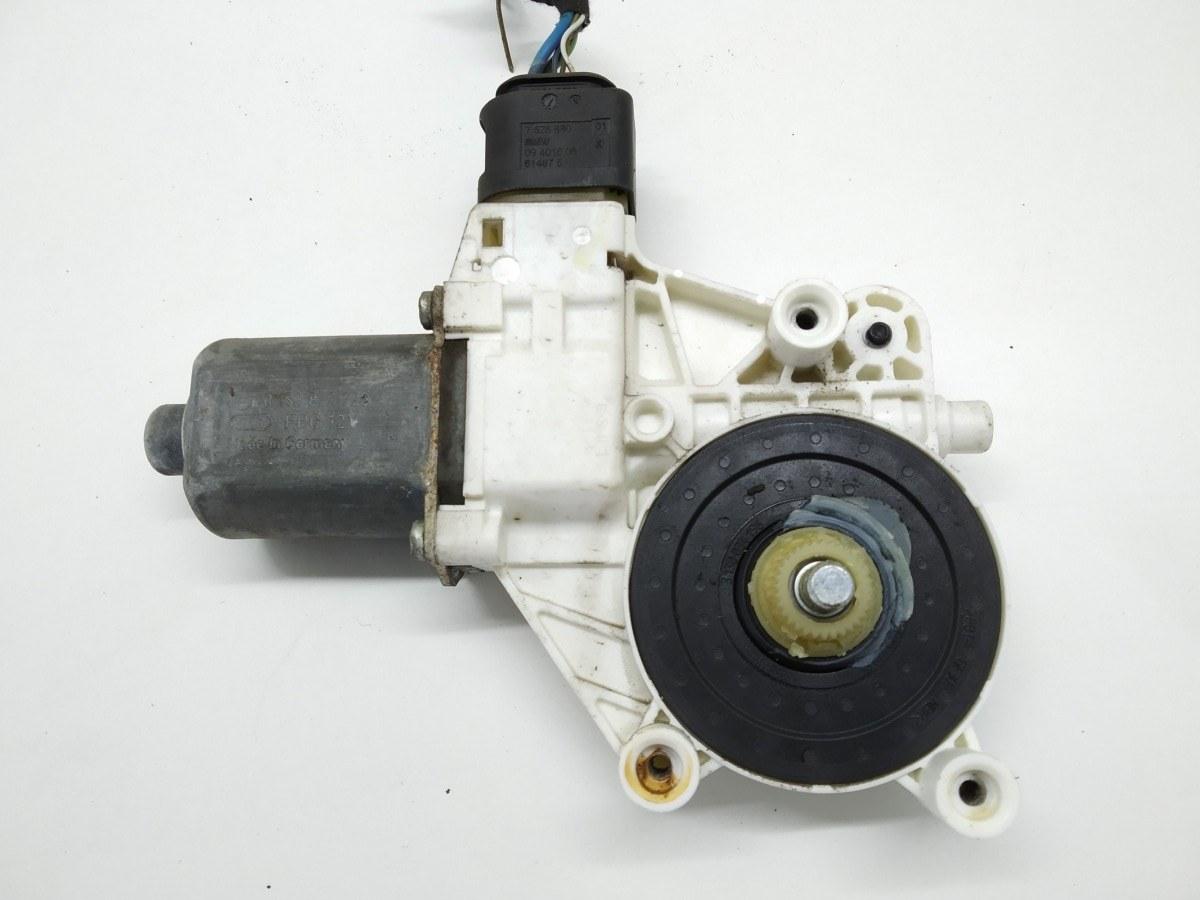 Моторчик стеклоподъемника передний левый Bmw 3 E90 2.0 I 2005 (б/у)