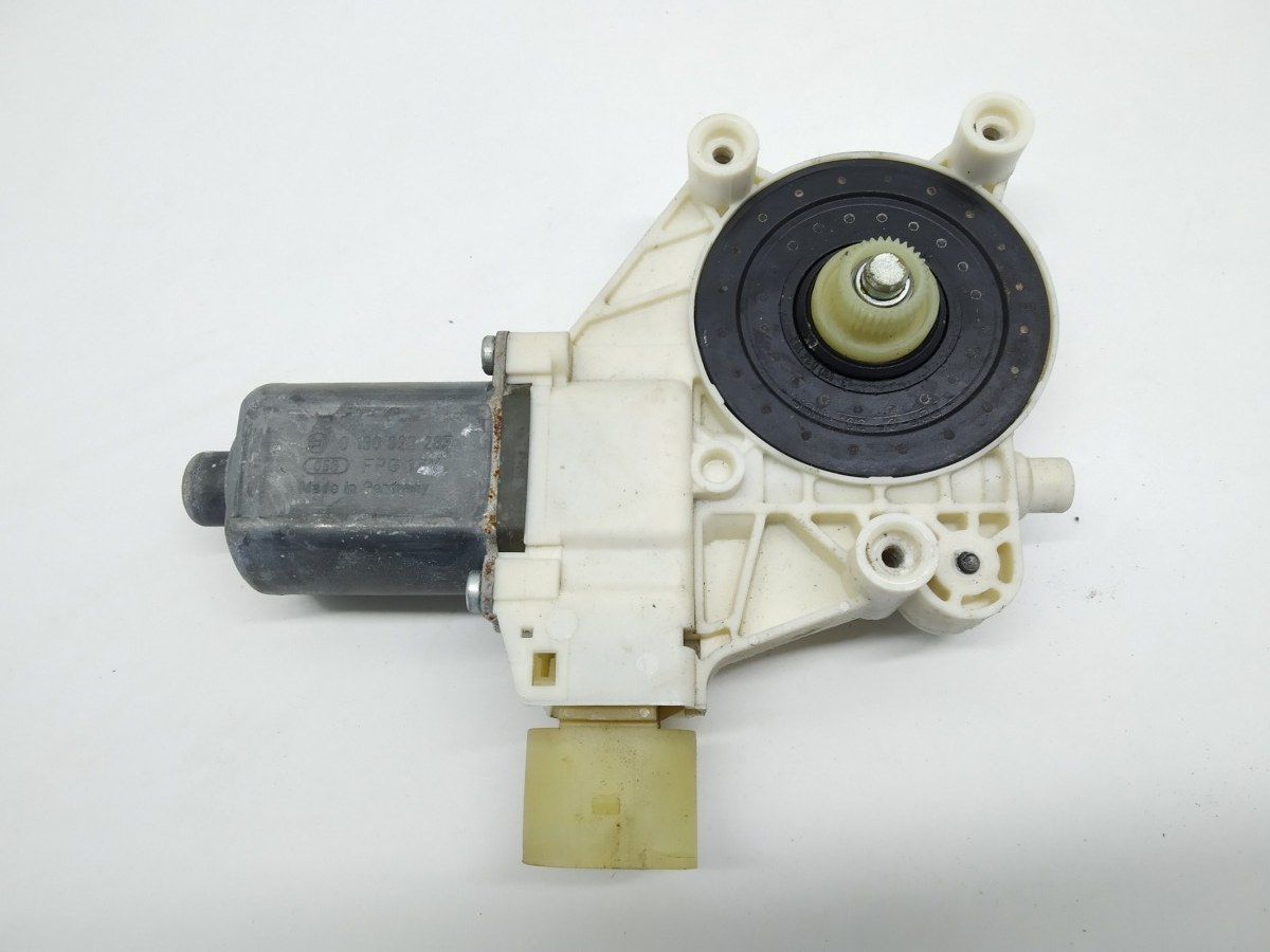 Моторчик стеклоподъемника передний левый Ford Mondeo 1.8 TDCI 2009 (б/у)